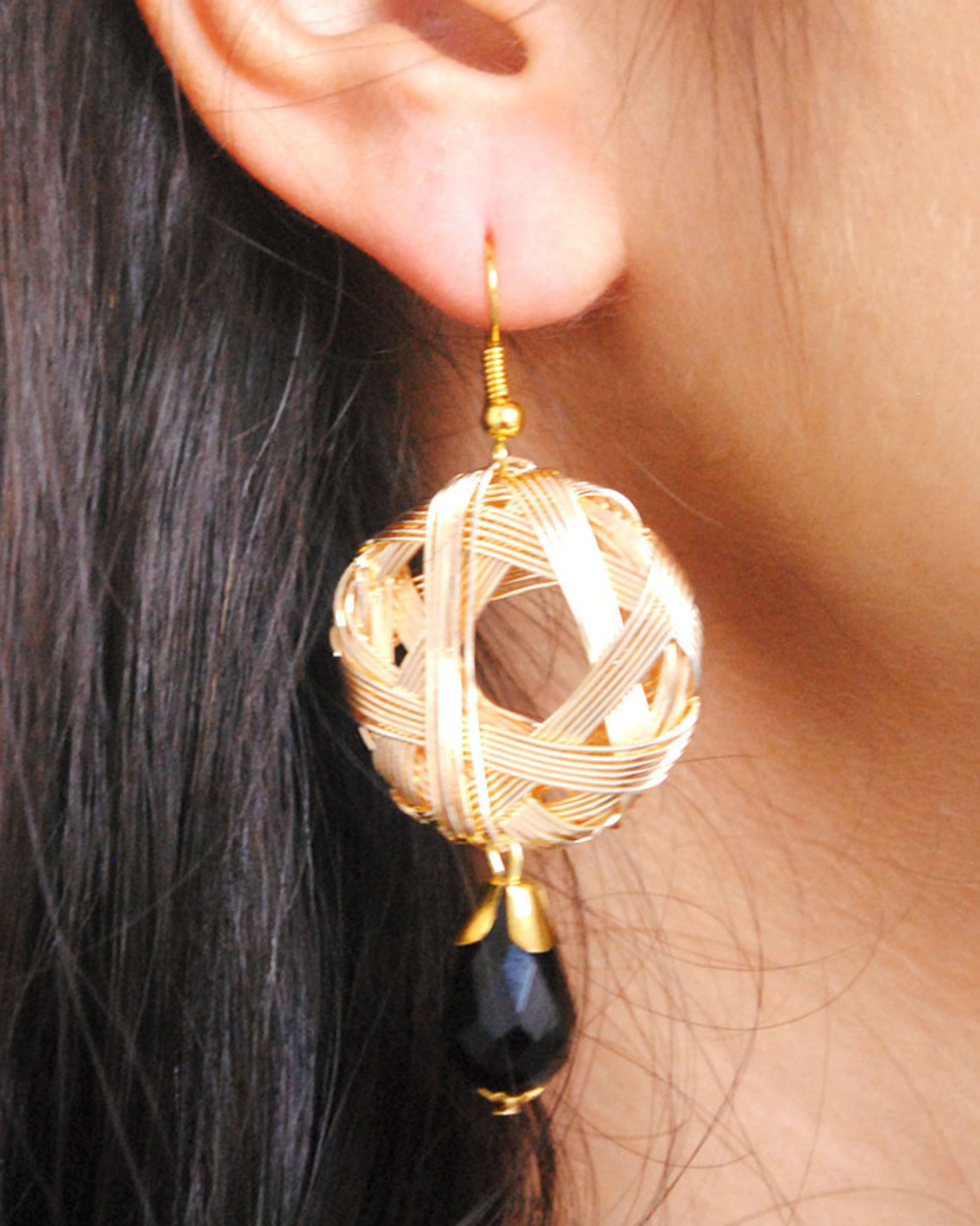 Weaved hoop earrings