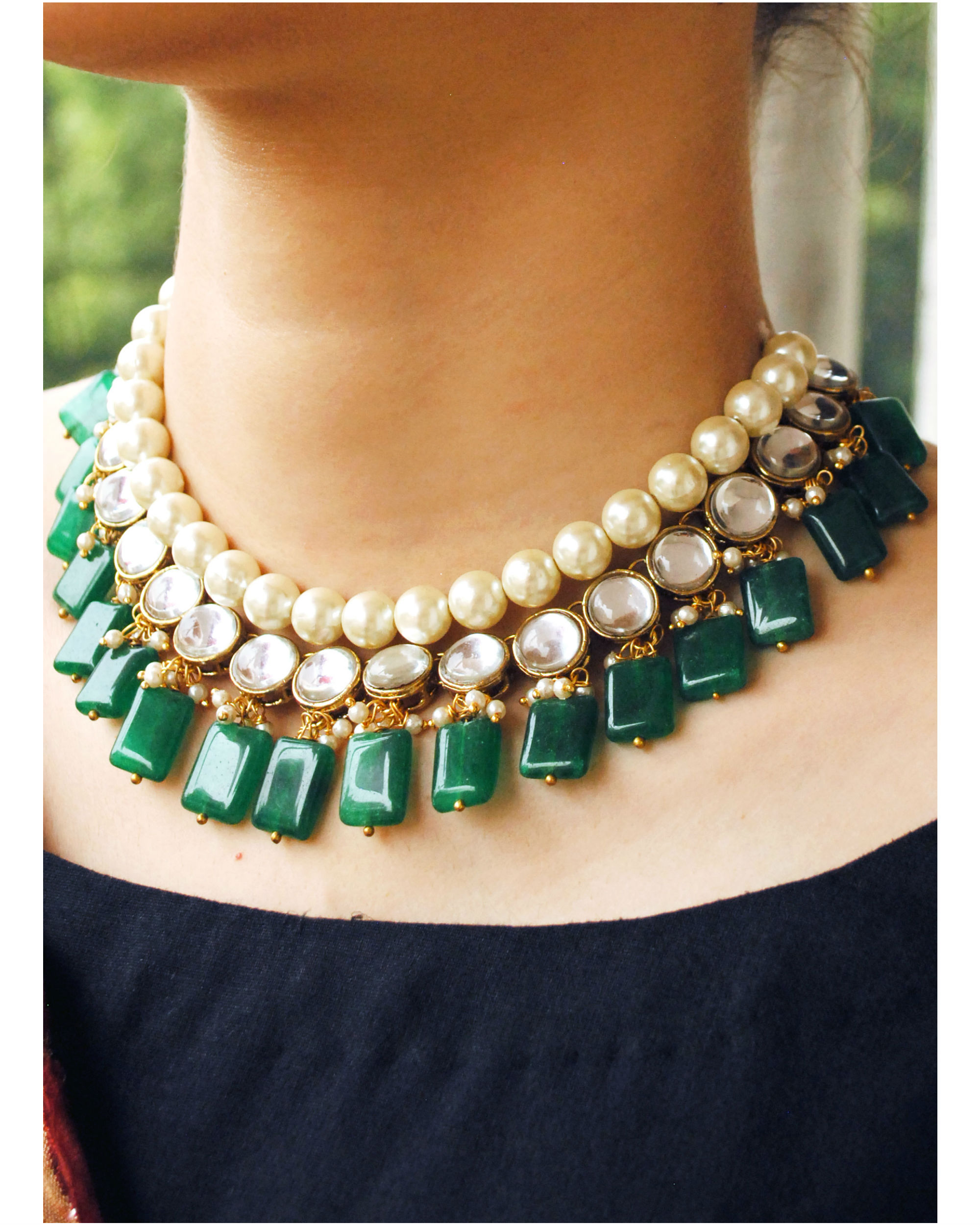 Green stone and kundan necklace