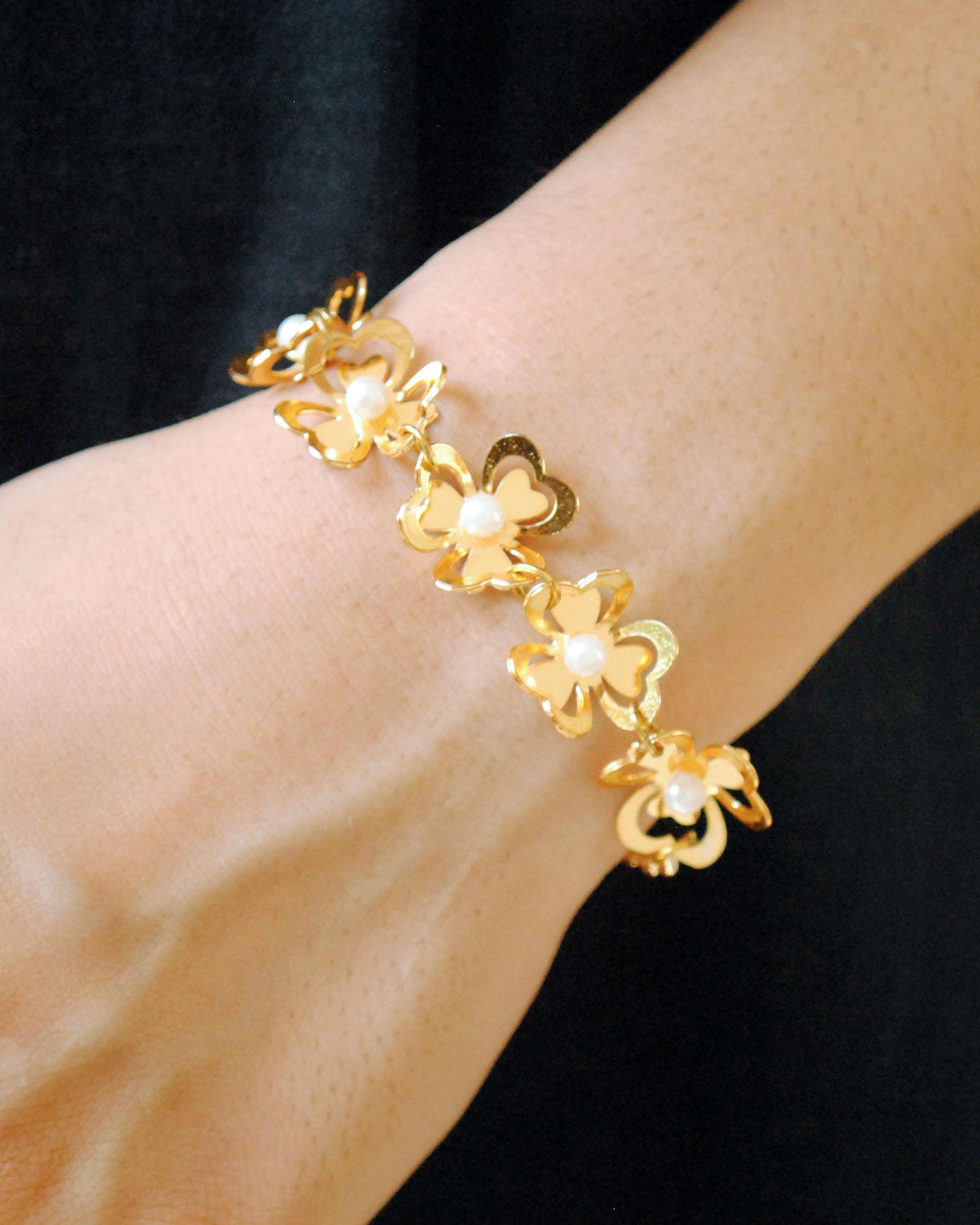 Multi flower bracelet