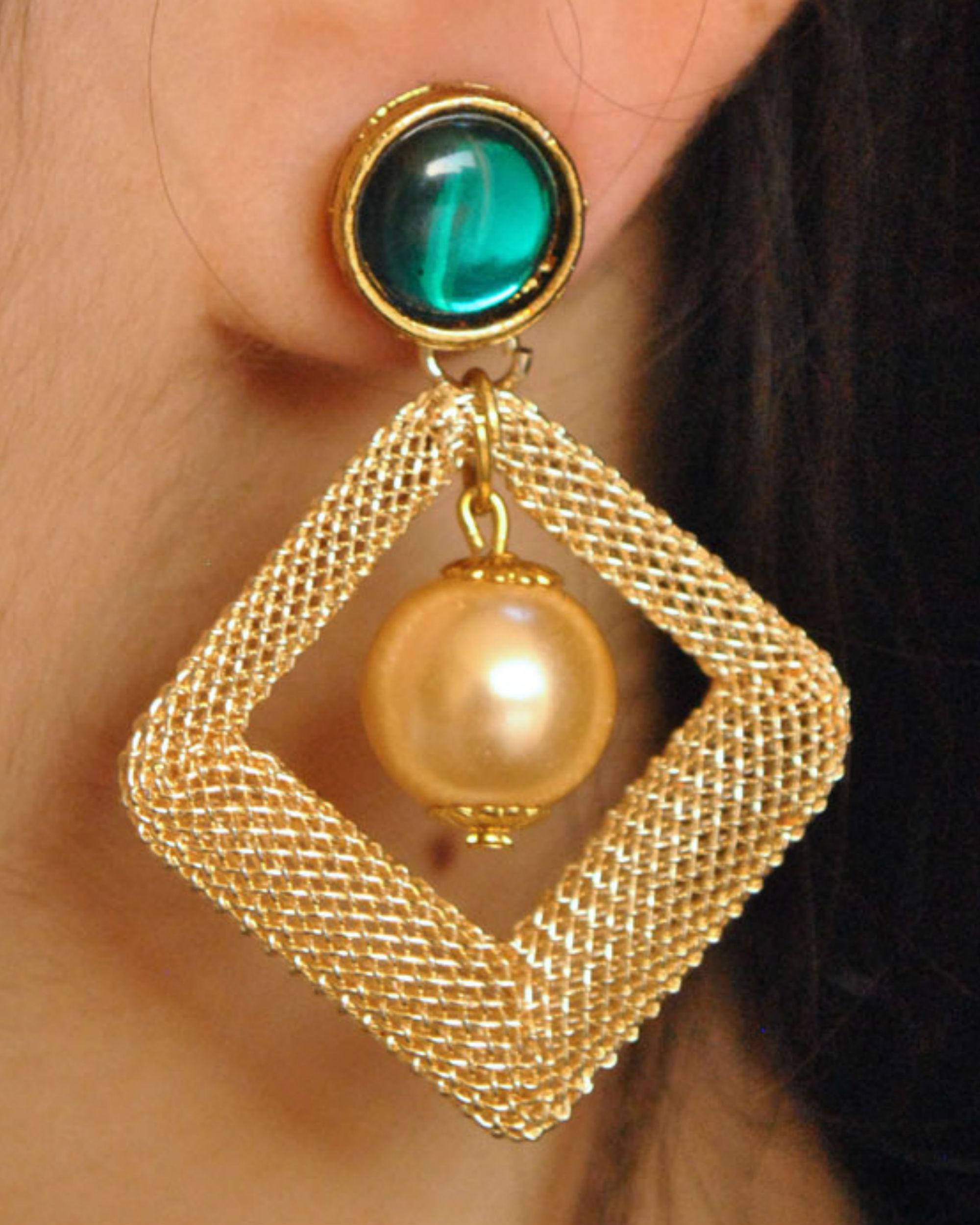Green kundan mesh earrings