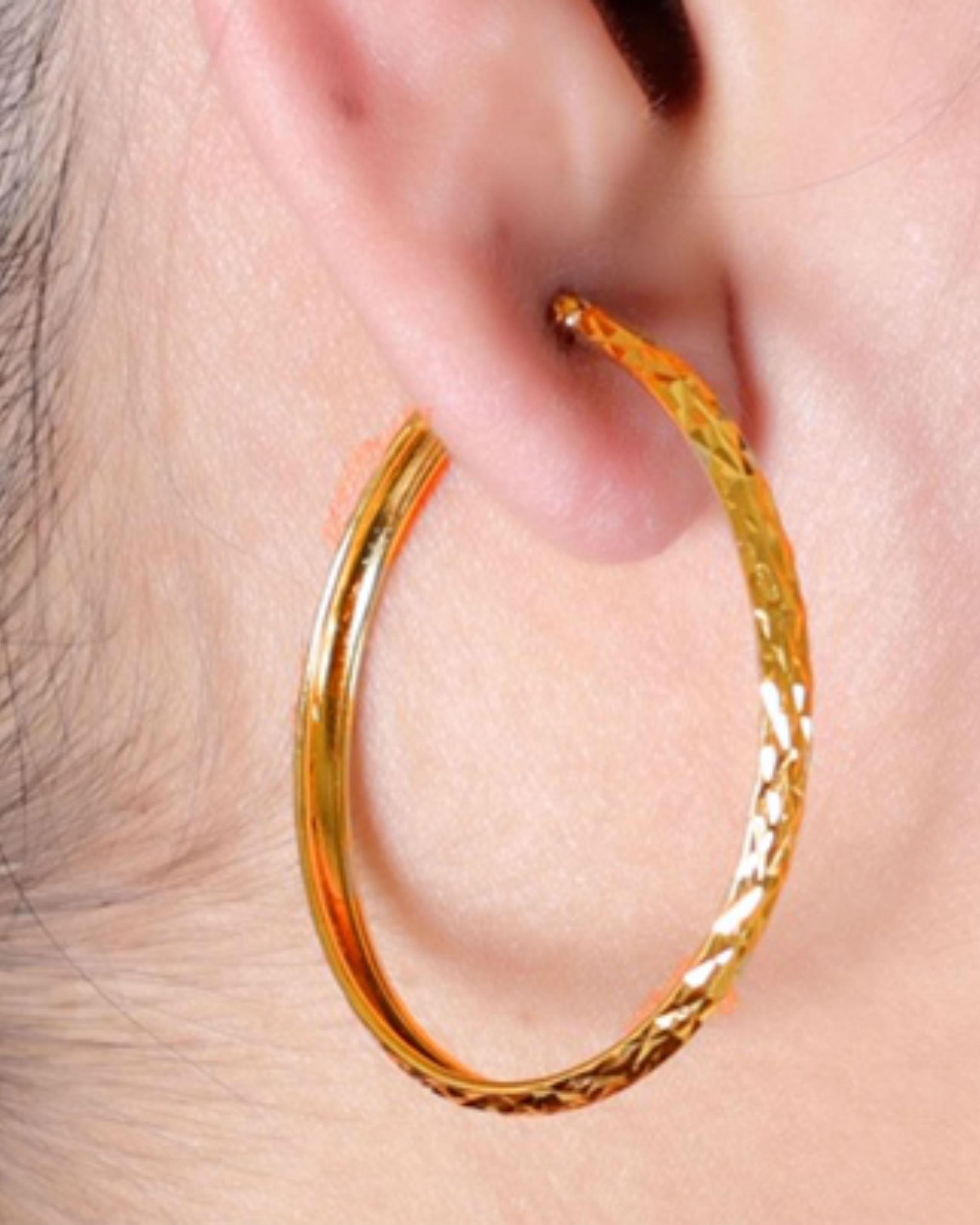 Golden circle earrings