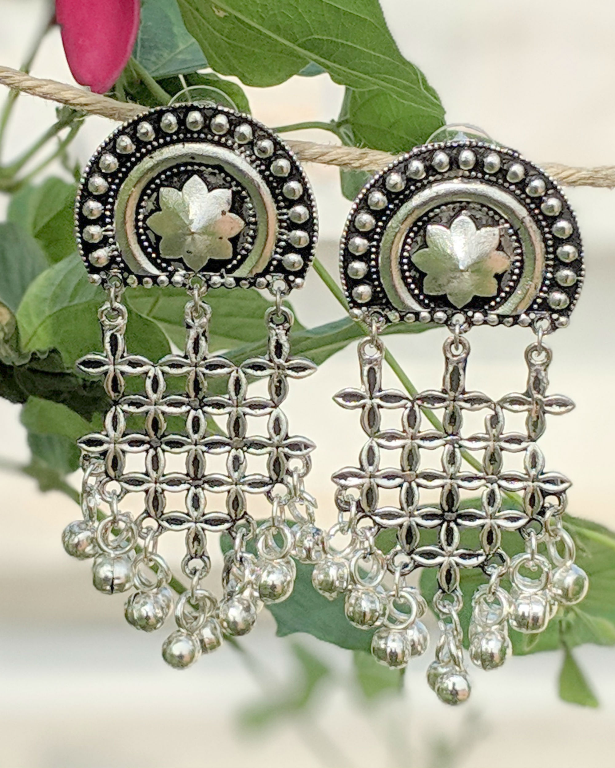 Silver jaal earrings