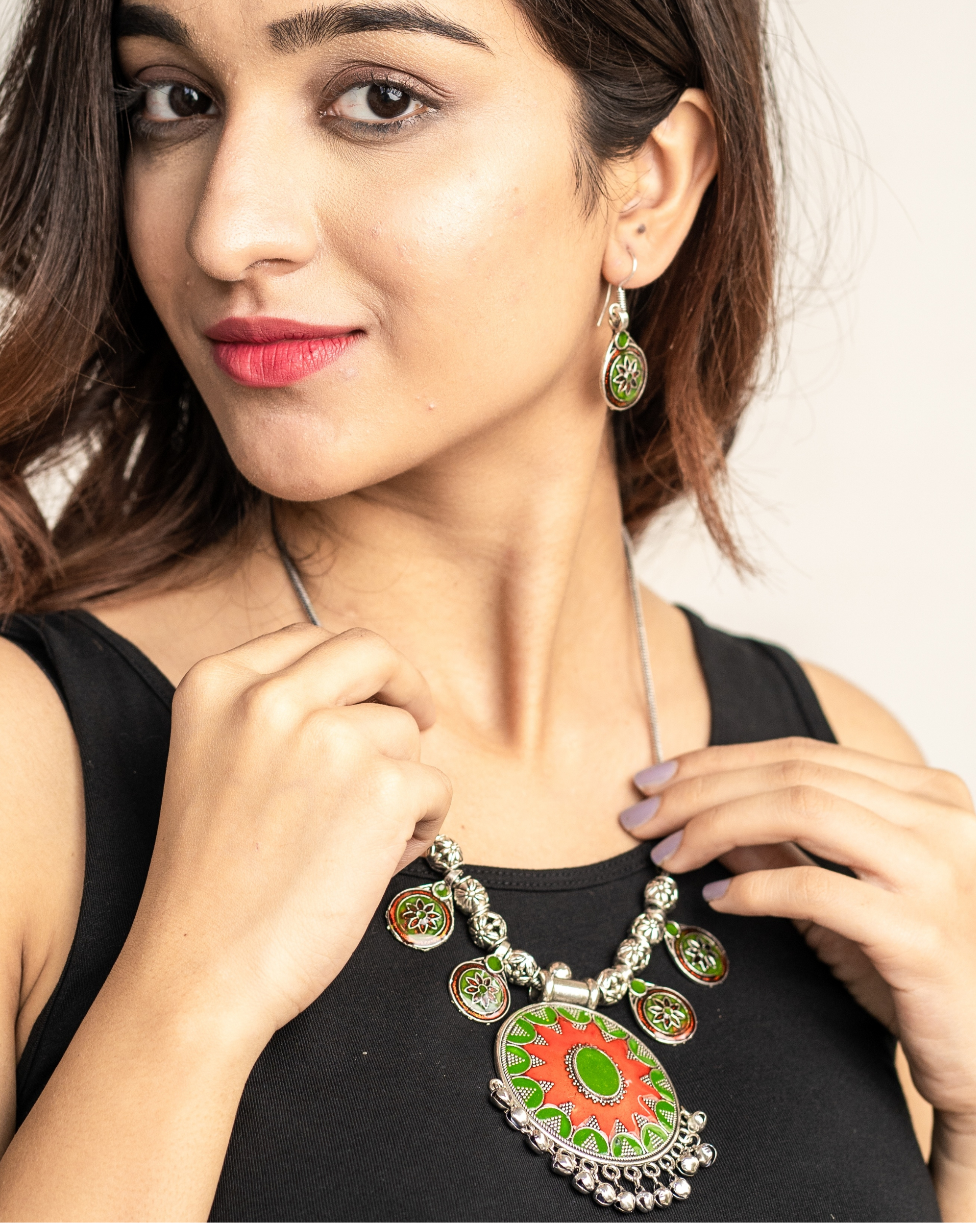 Red and green flower neckpiece with drop earrings set- Set of two