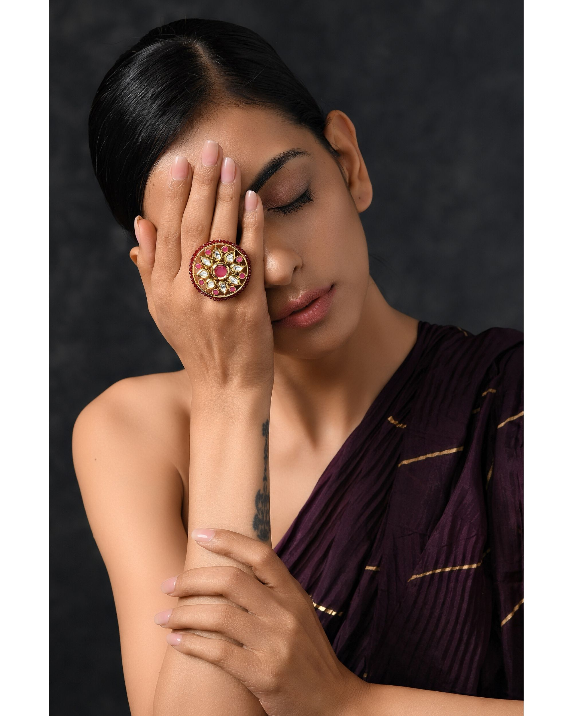 Red floral kundan ring