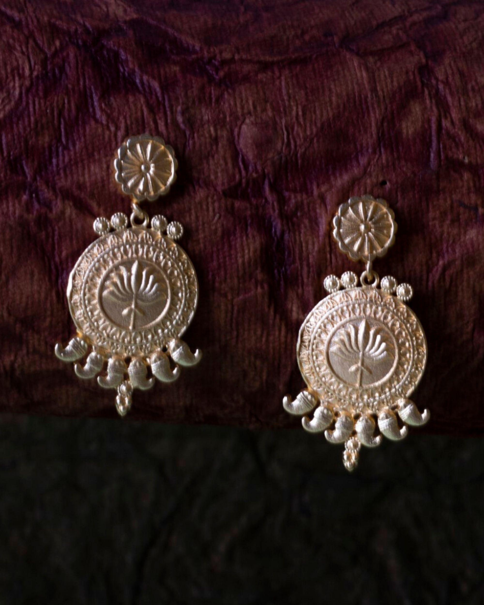 Lotus motif chakra earring