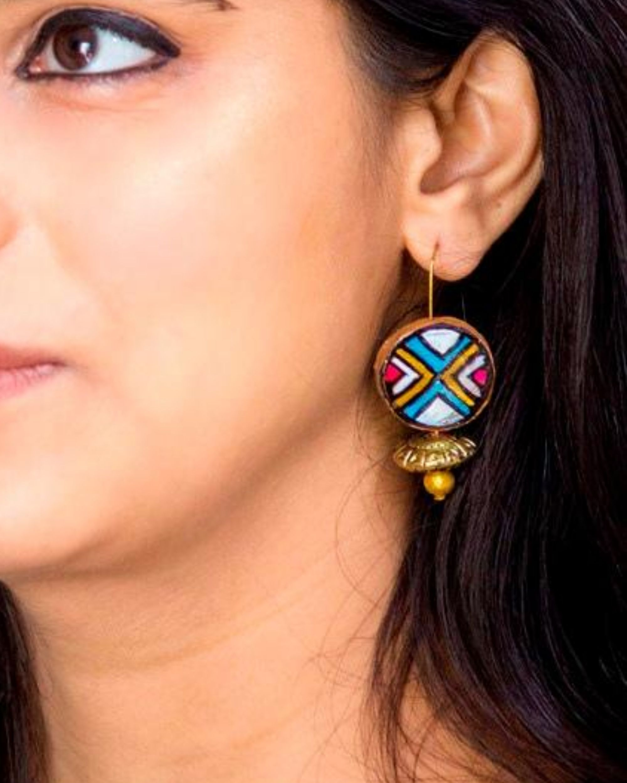 Multicolour terracotta round earring