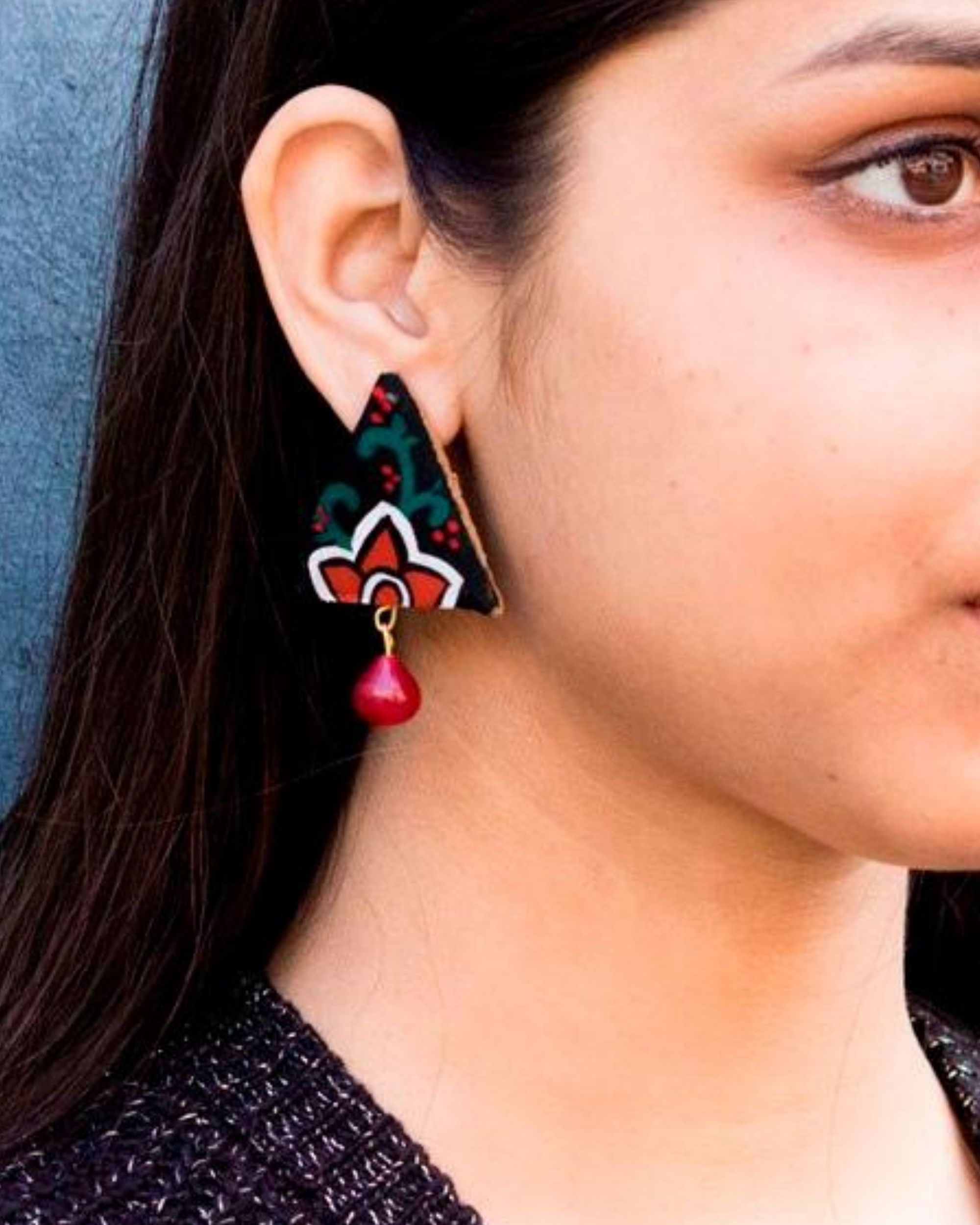Black floral trigon earring