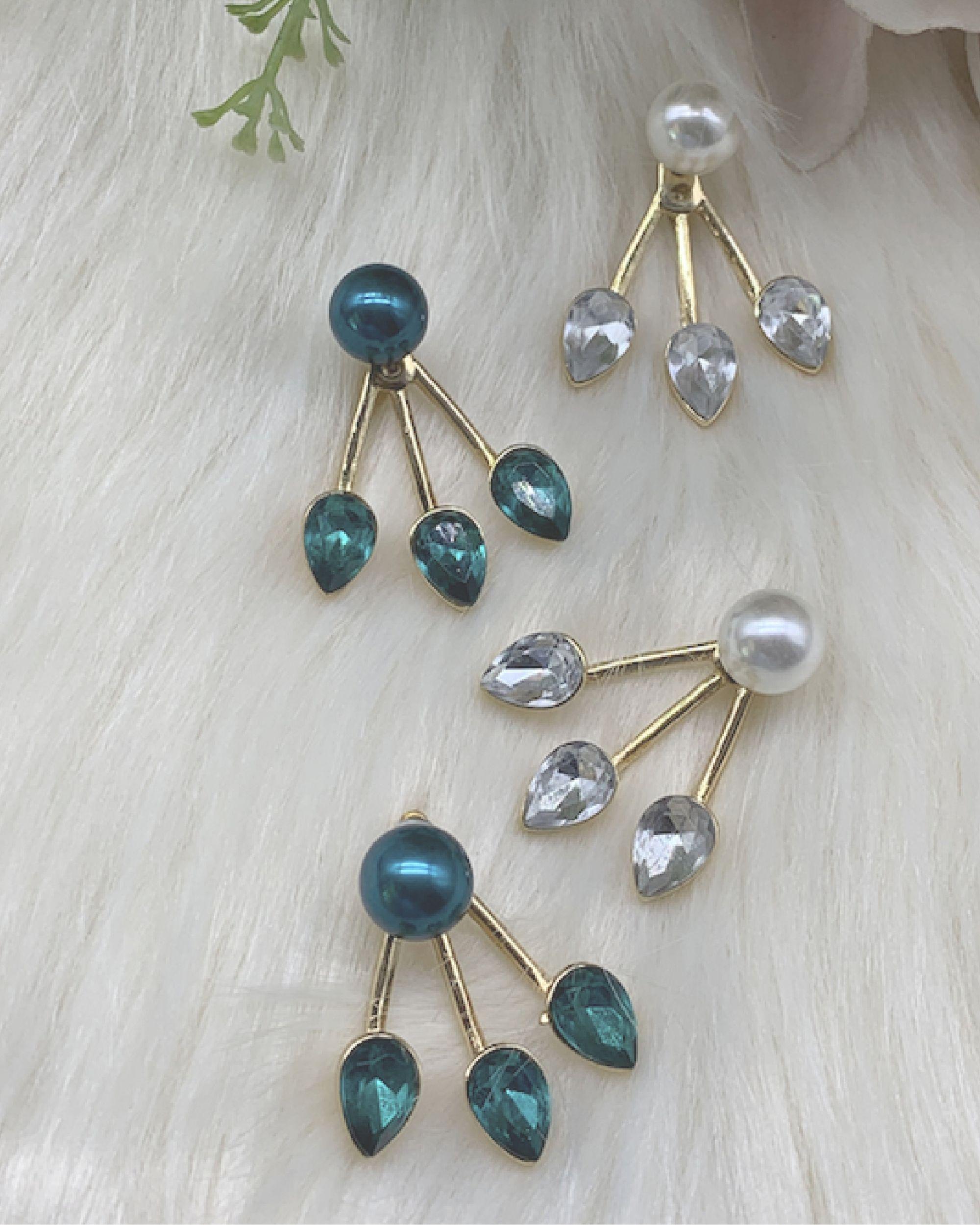 Emerald green and white detachable earrings