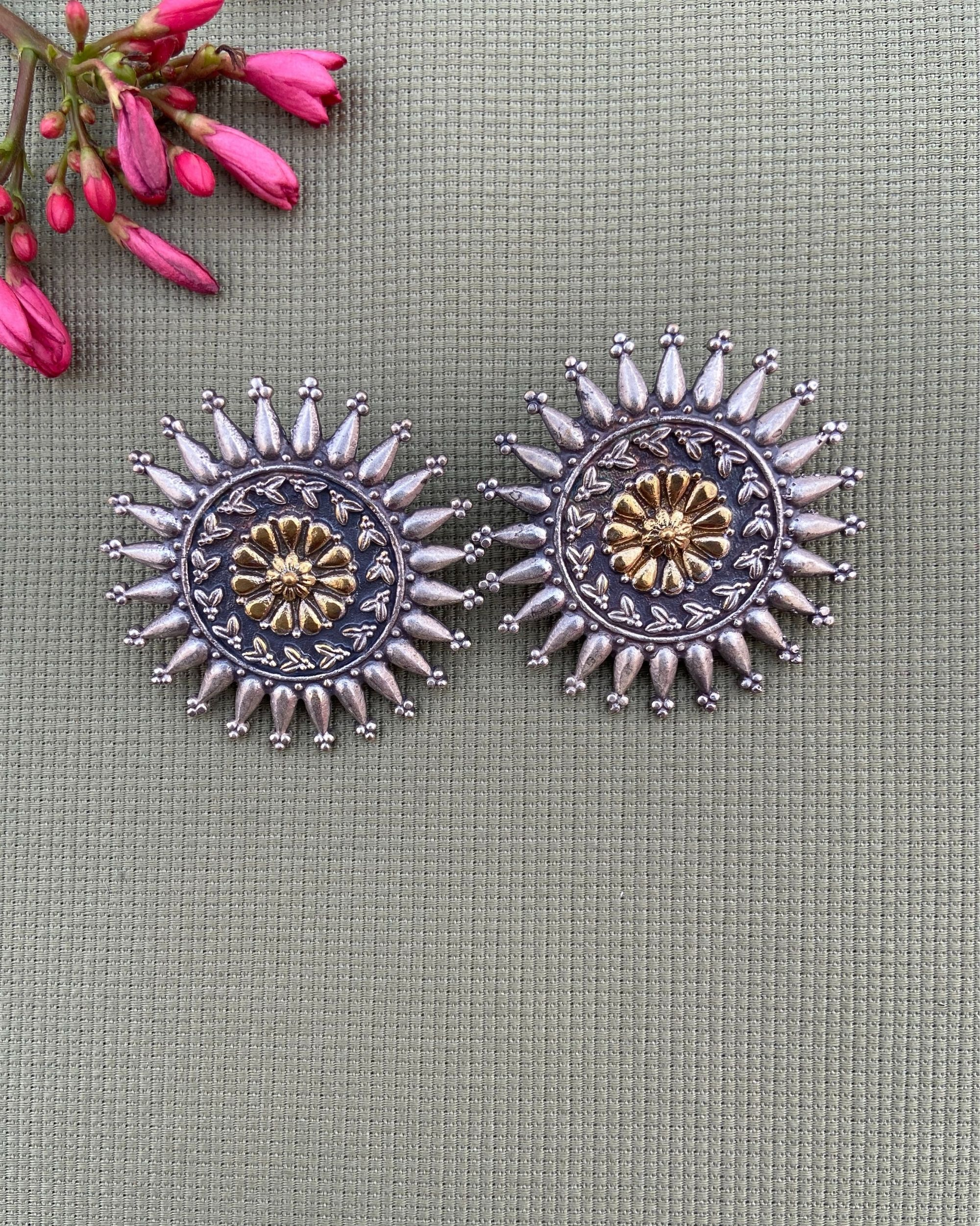 Floral engraved antique earring