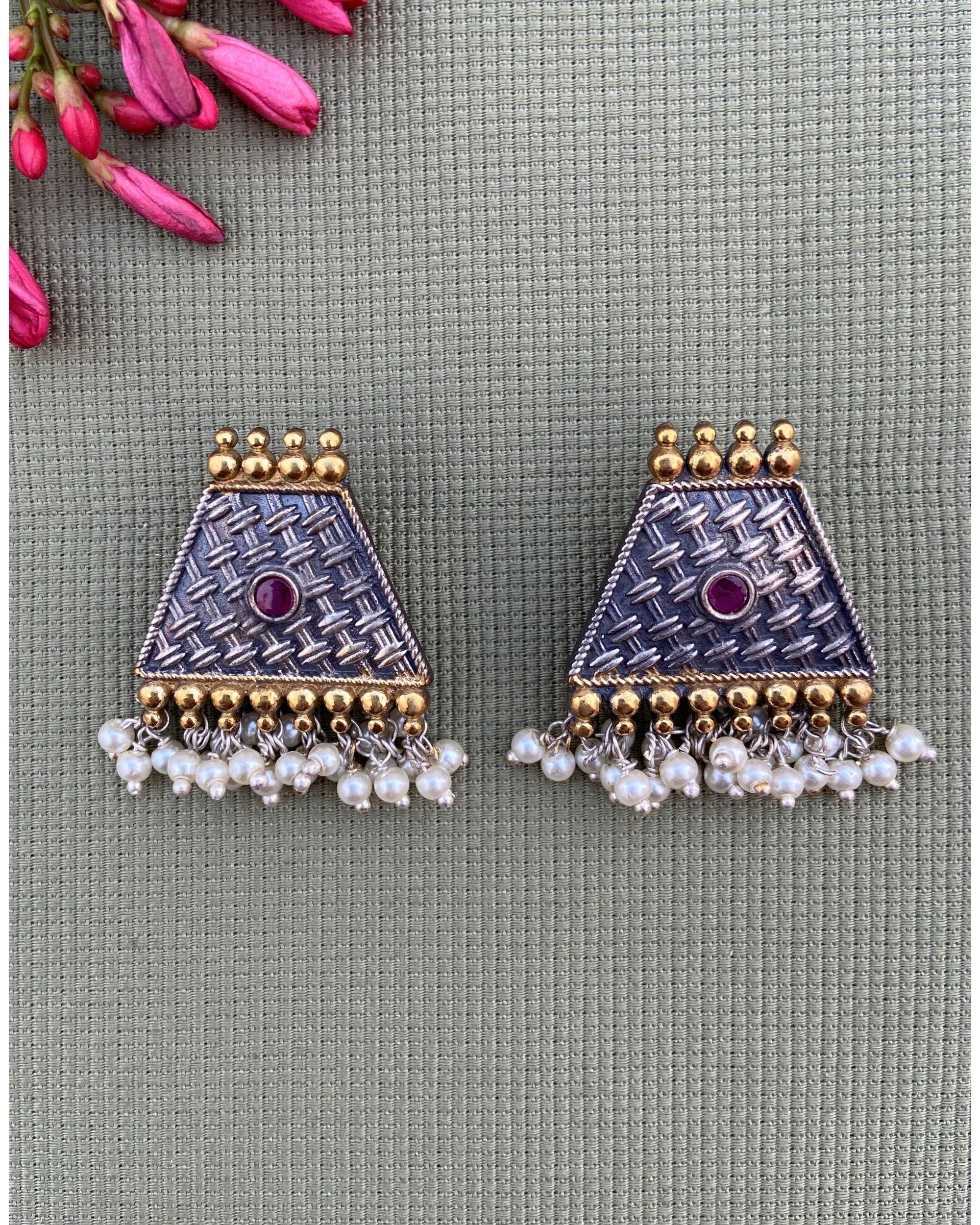 Pink stone trapezoid shaped beaded earring