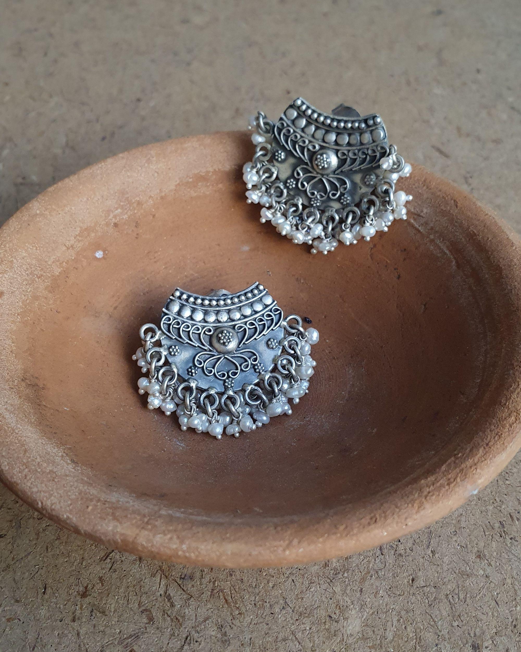 Pearl rawa earrings