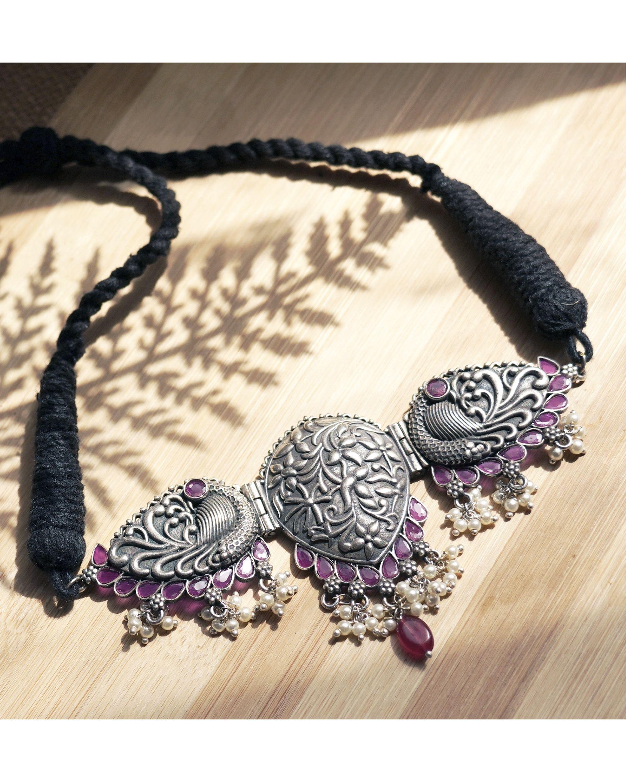 Handcrafted leaf engraved neckpiece