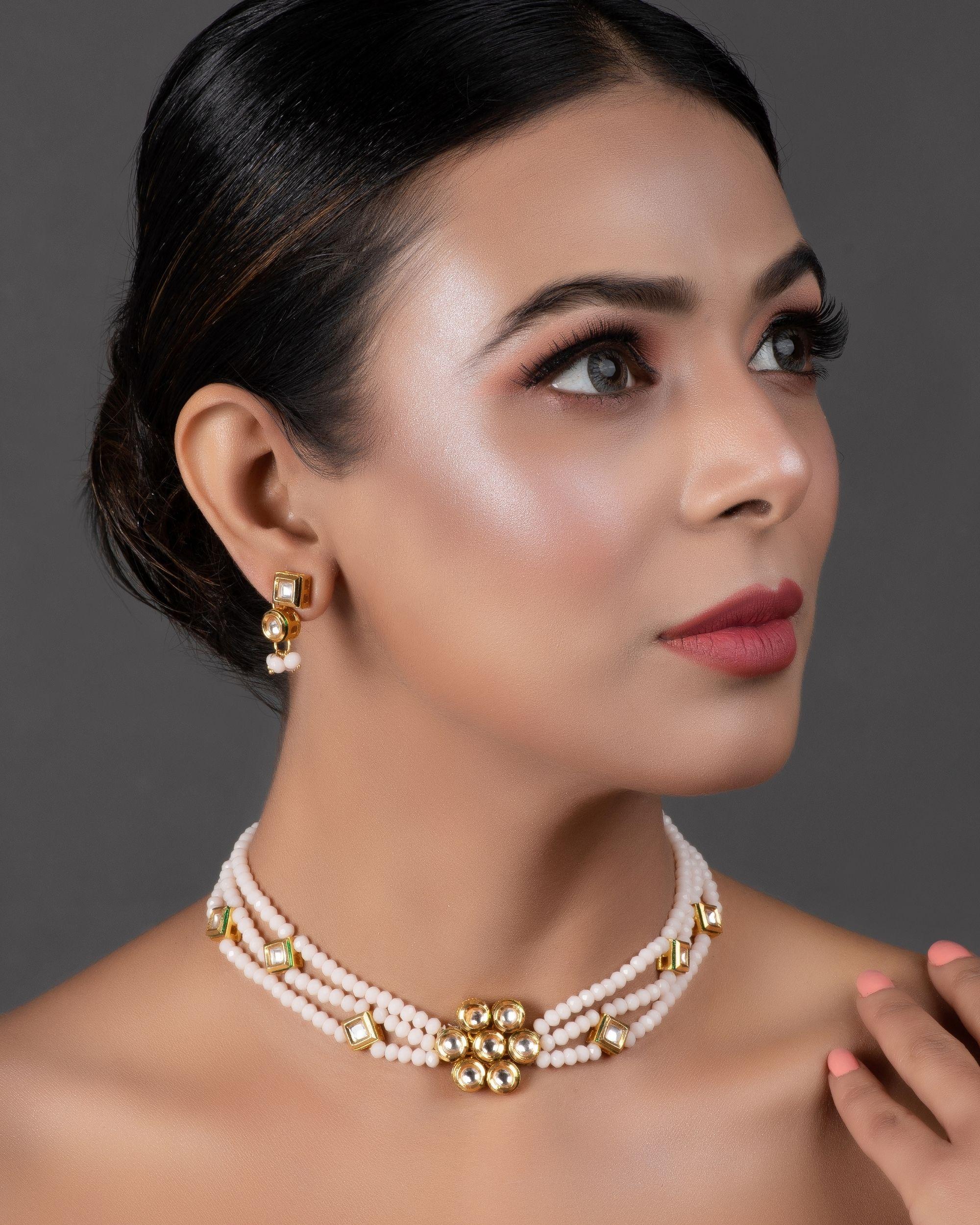 White kundan and onyx choker neckpiece with earrings - set of two