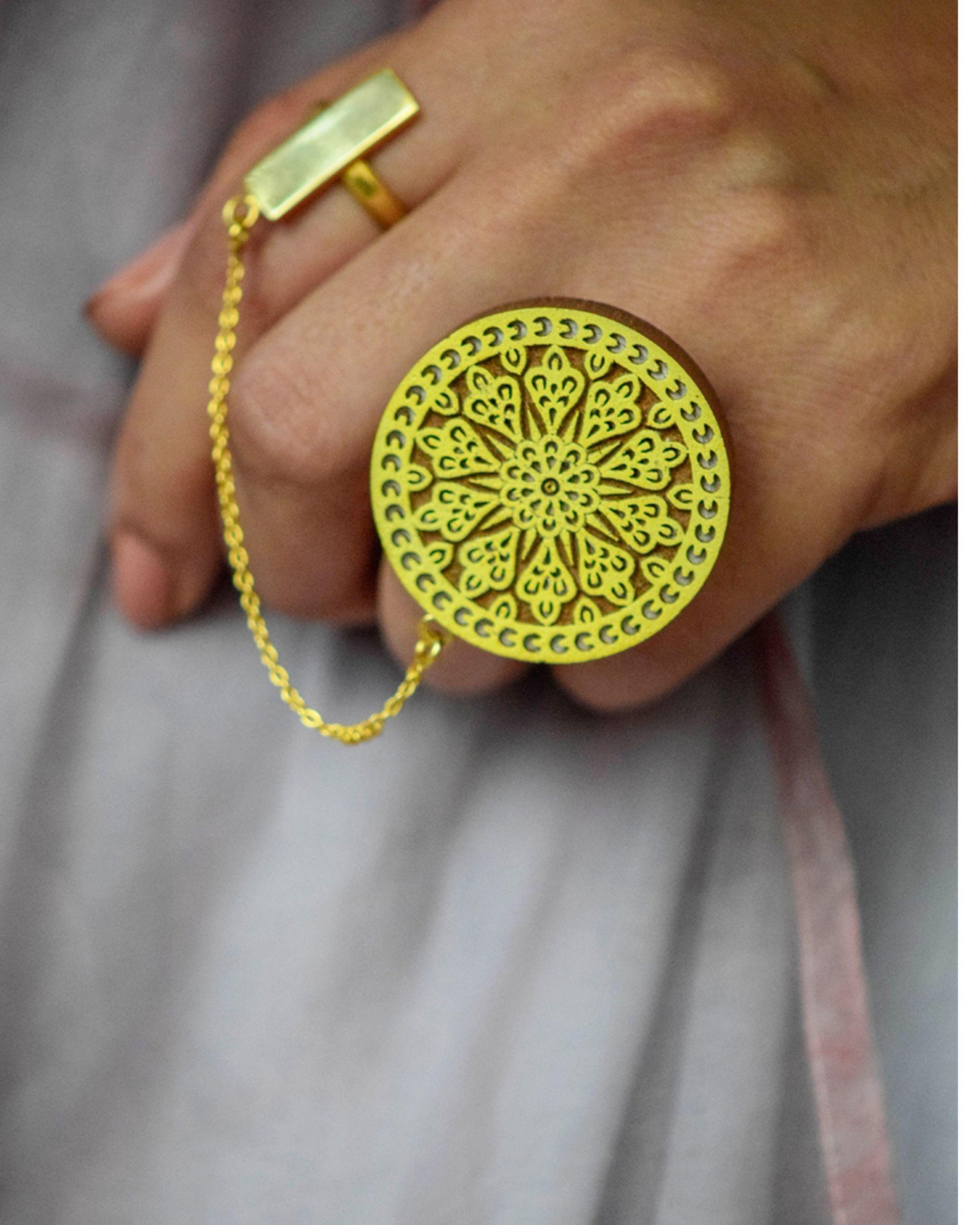 Kalanidhi Haldi Dual Ring