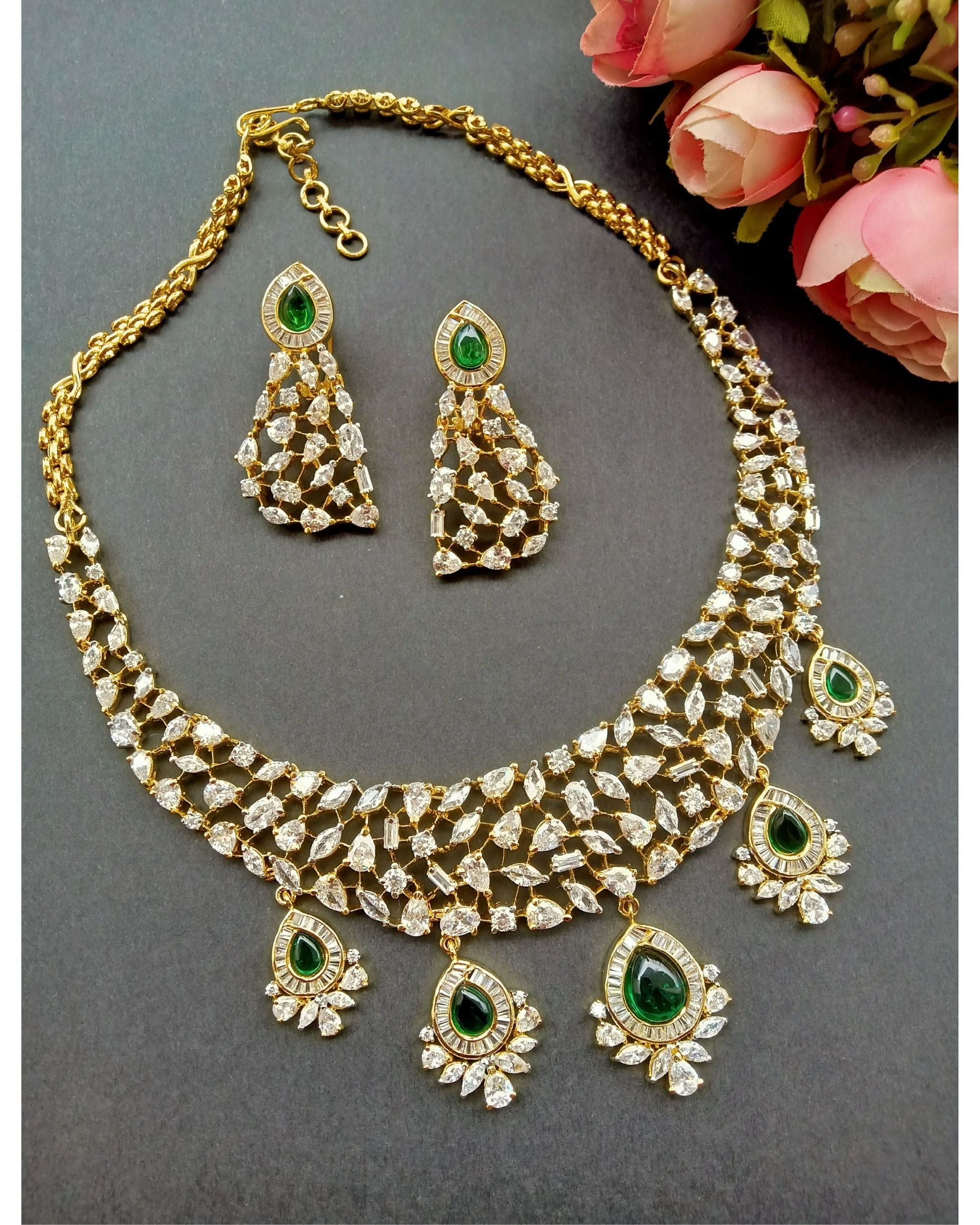 Green kundan and stone studded neckpiece with earrings - set of two