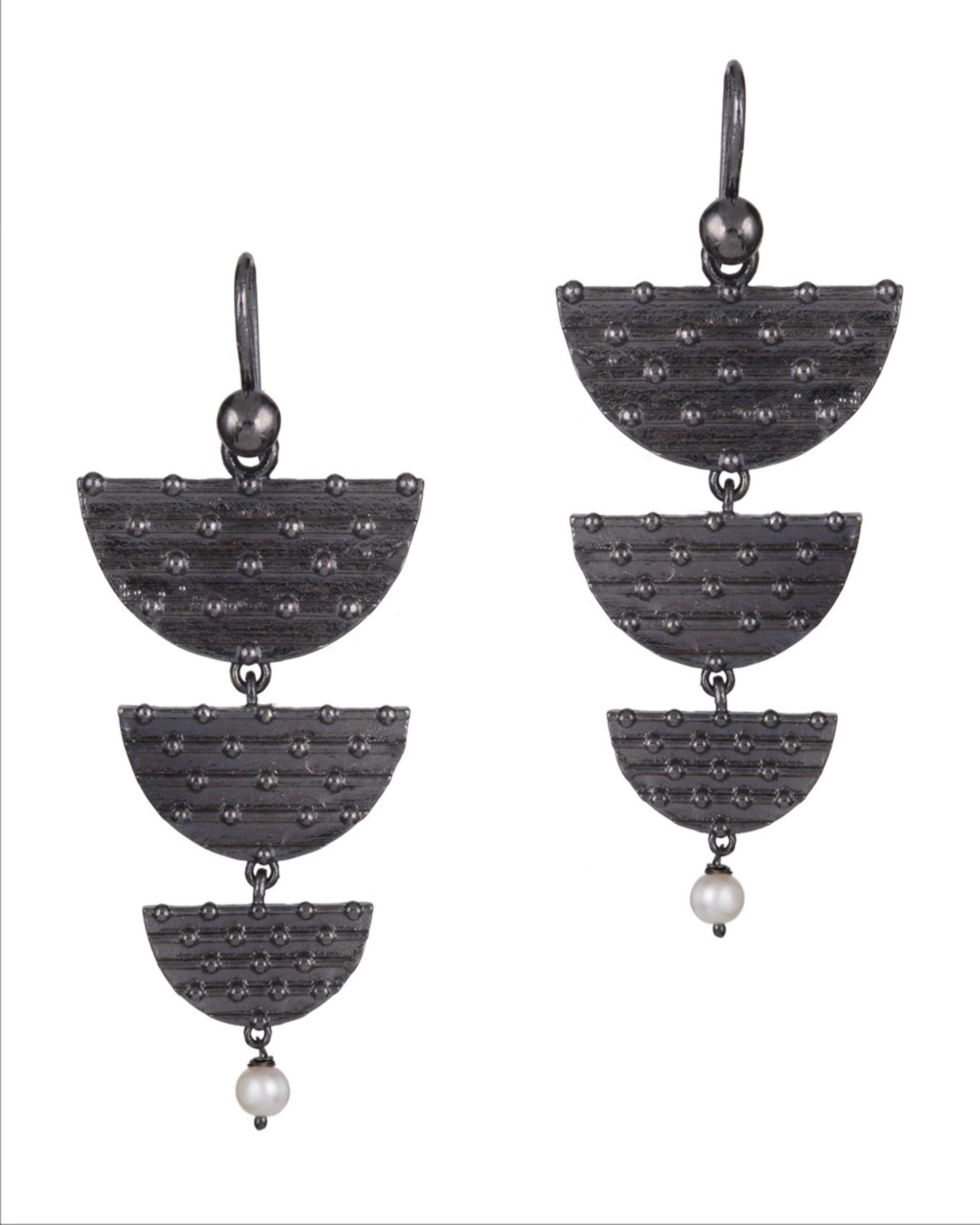 Trideccan Steppe Earrings