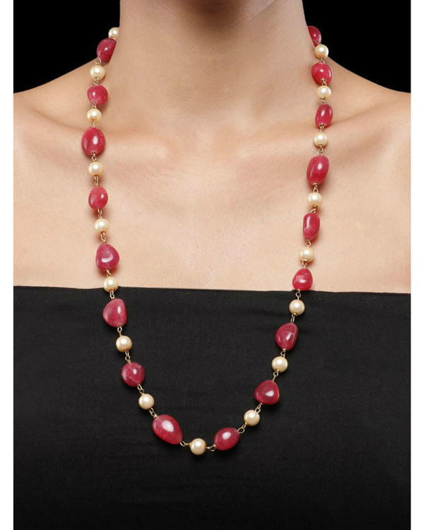 Pearls and Red Natural Stones String