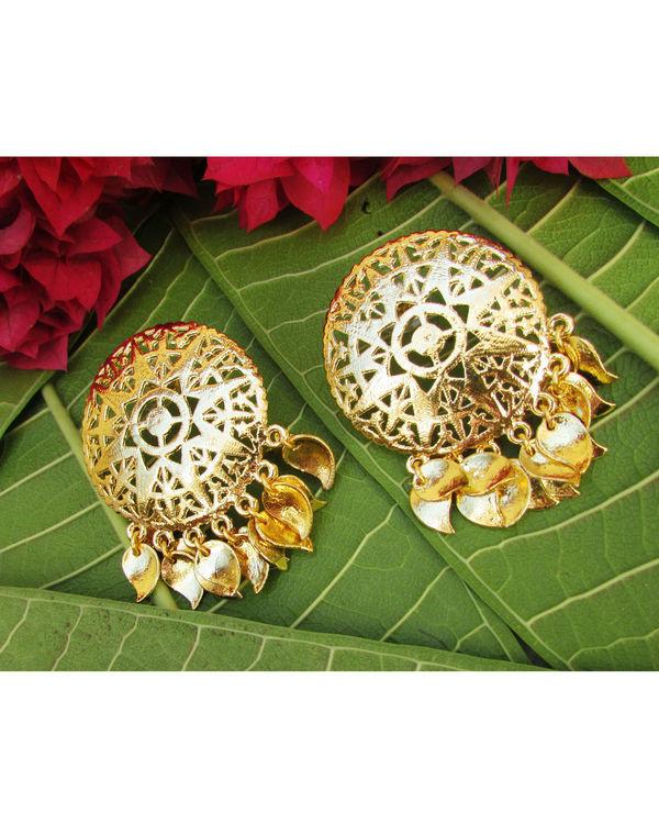 Golden Filgeree Earrings with Pepal Patti