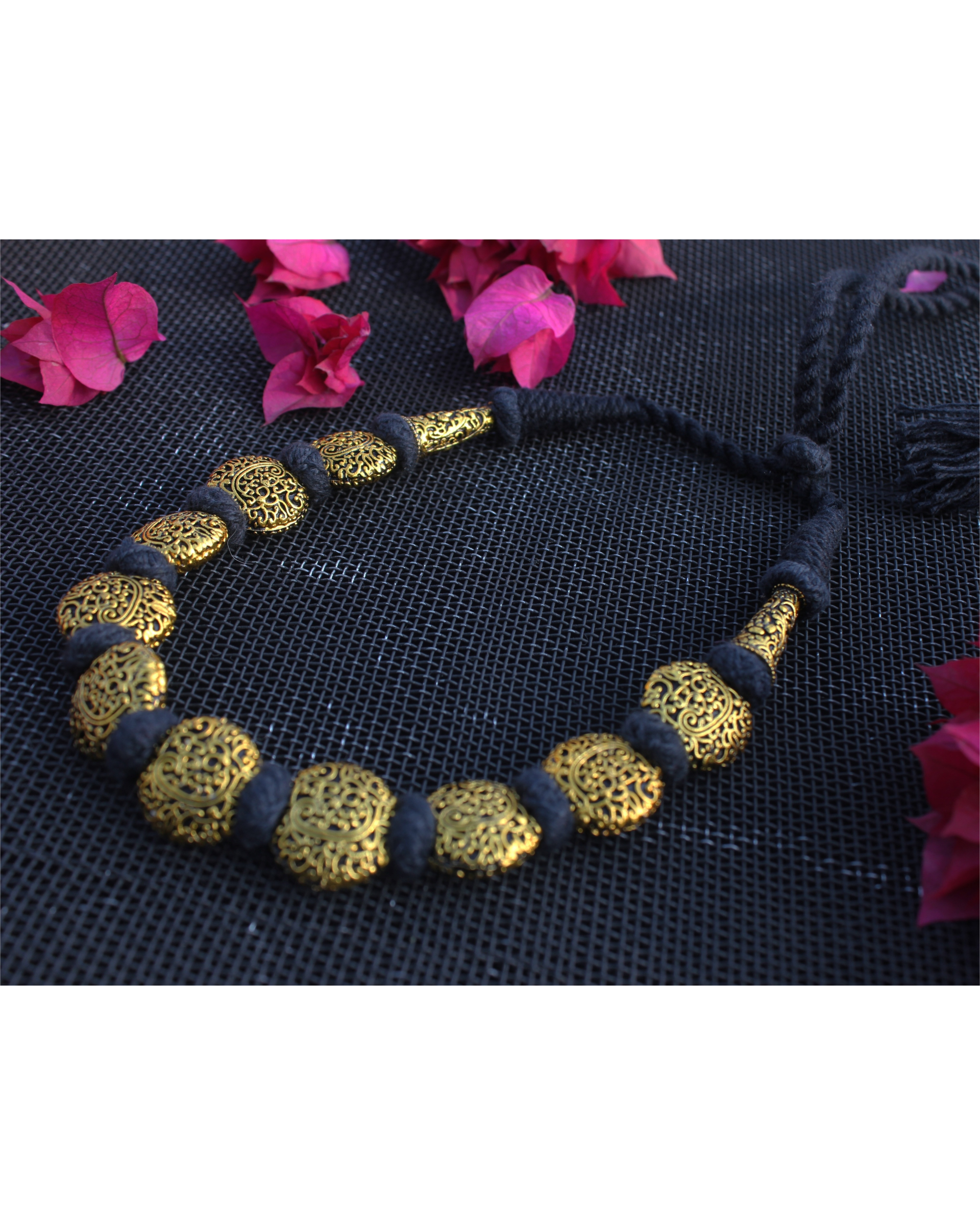 Gaurang Gheru black necklace