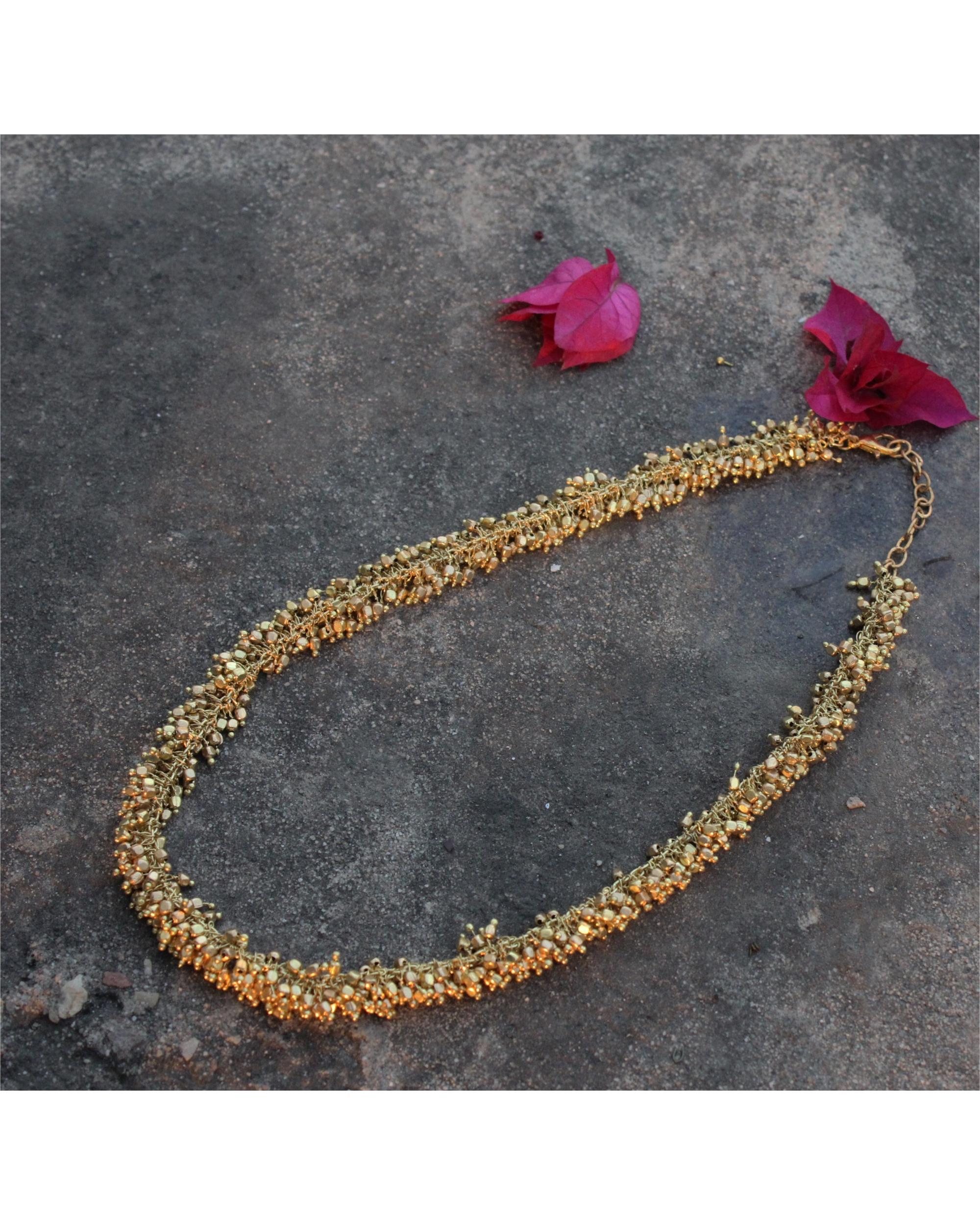 Arina gold tiny beads necklace