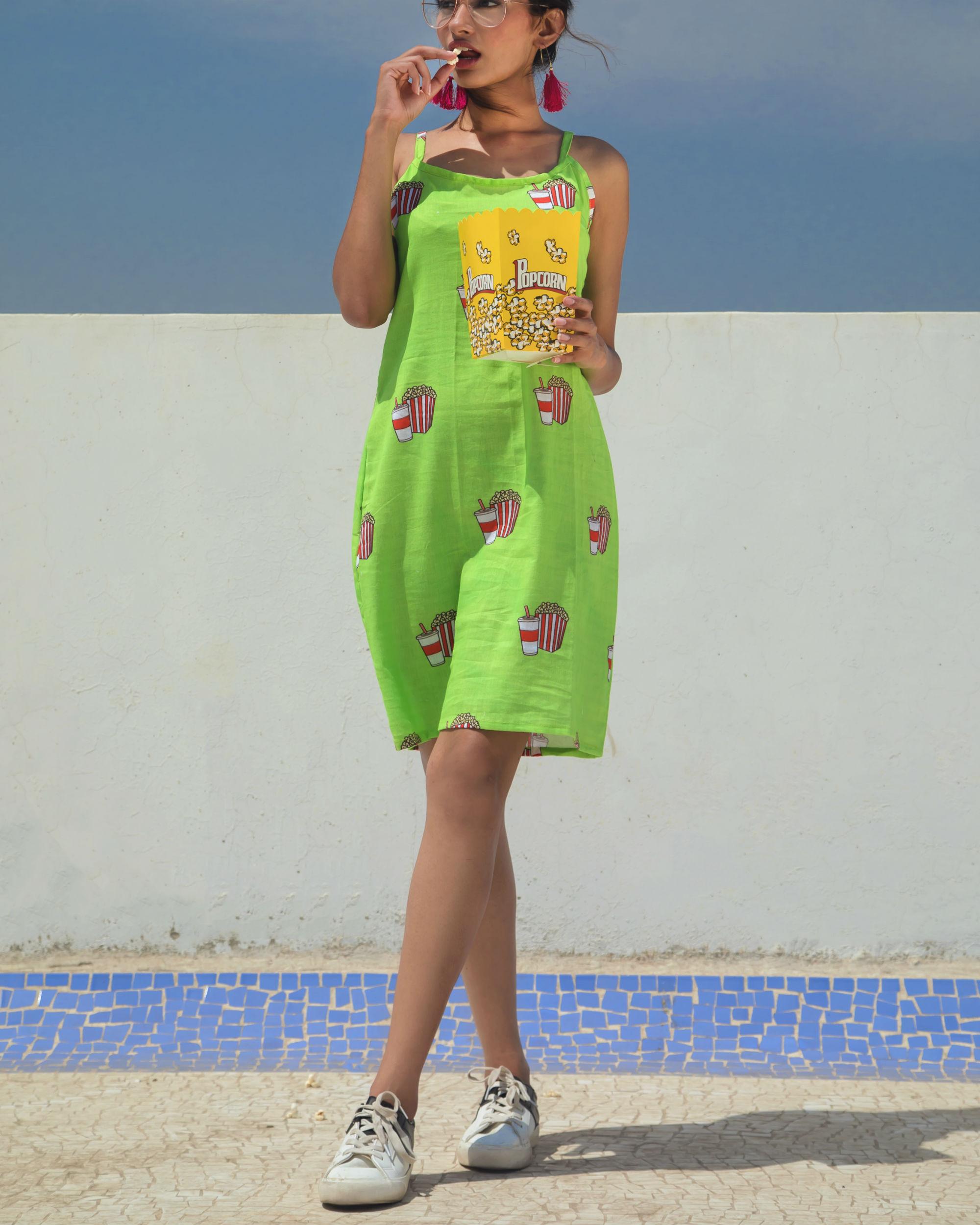 Green pop dress