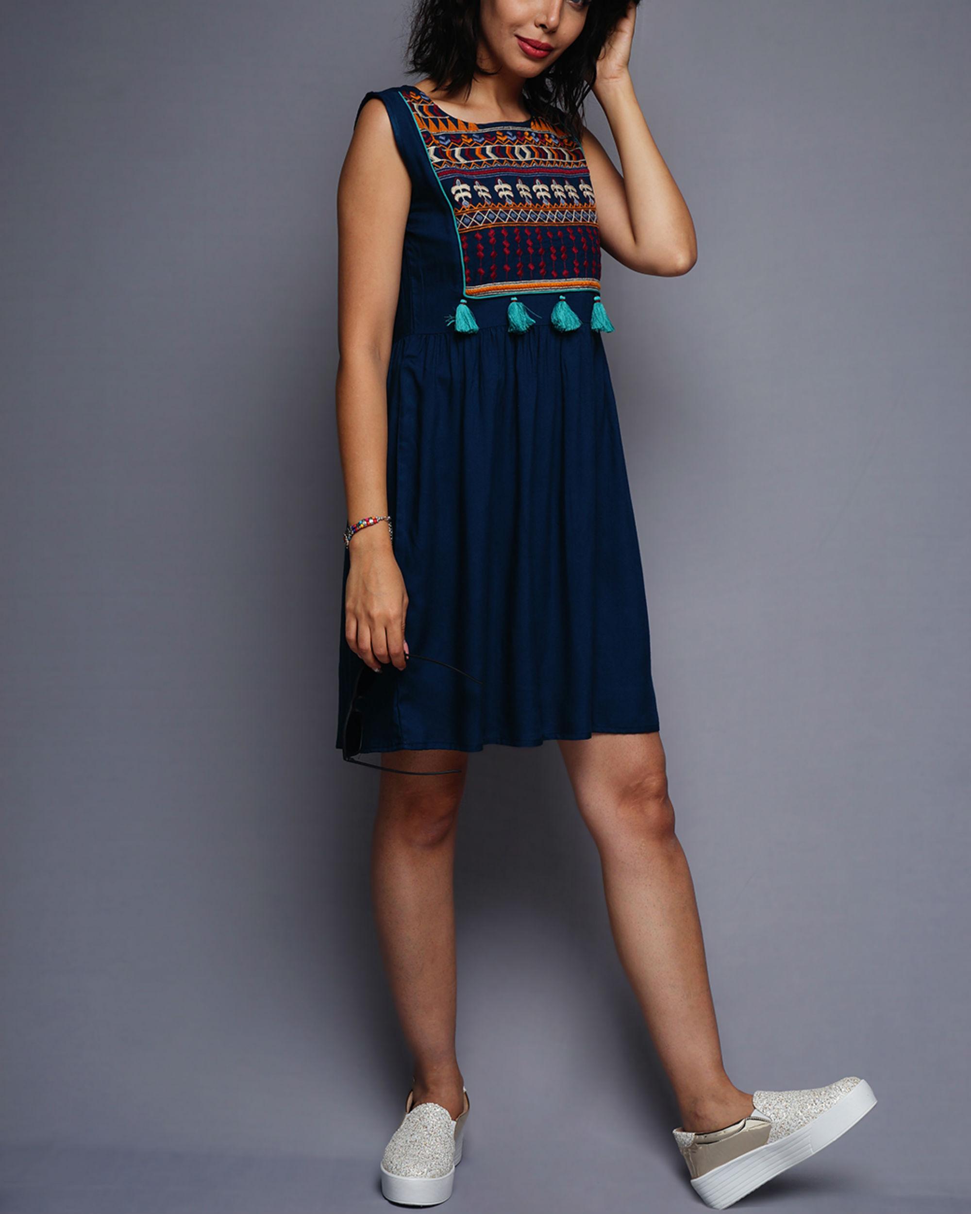 Tasseled short dress