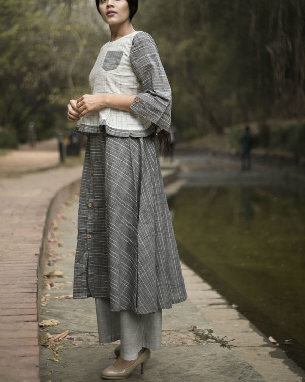 Grey flared kurta set with jacket