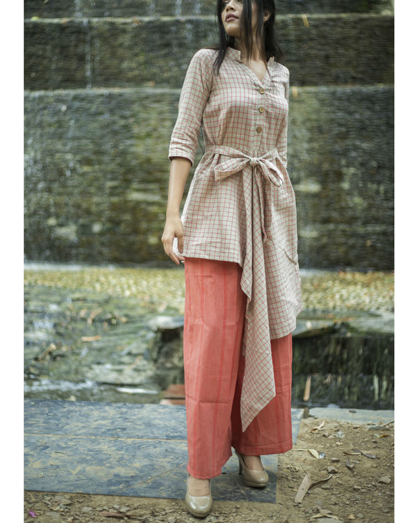 Beige and pink bow dress with palazzo