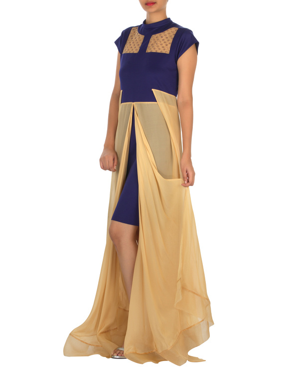 Four panelled blue and beige gown