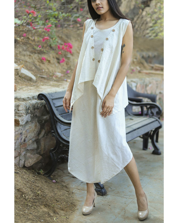 Wavy button dress