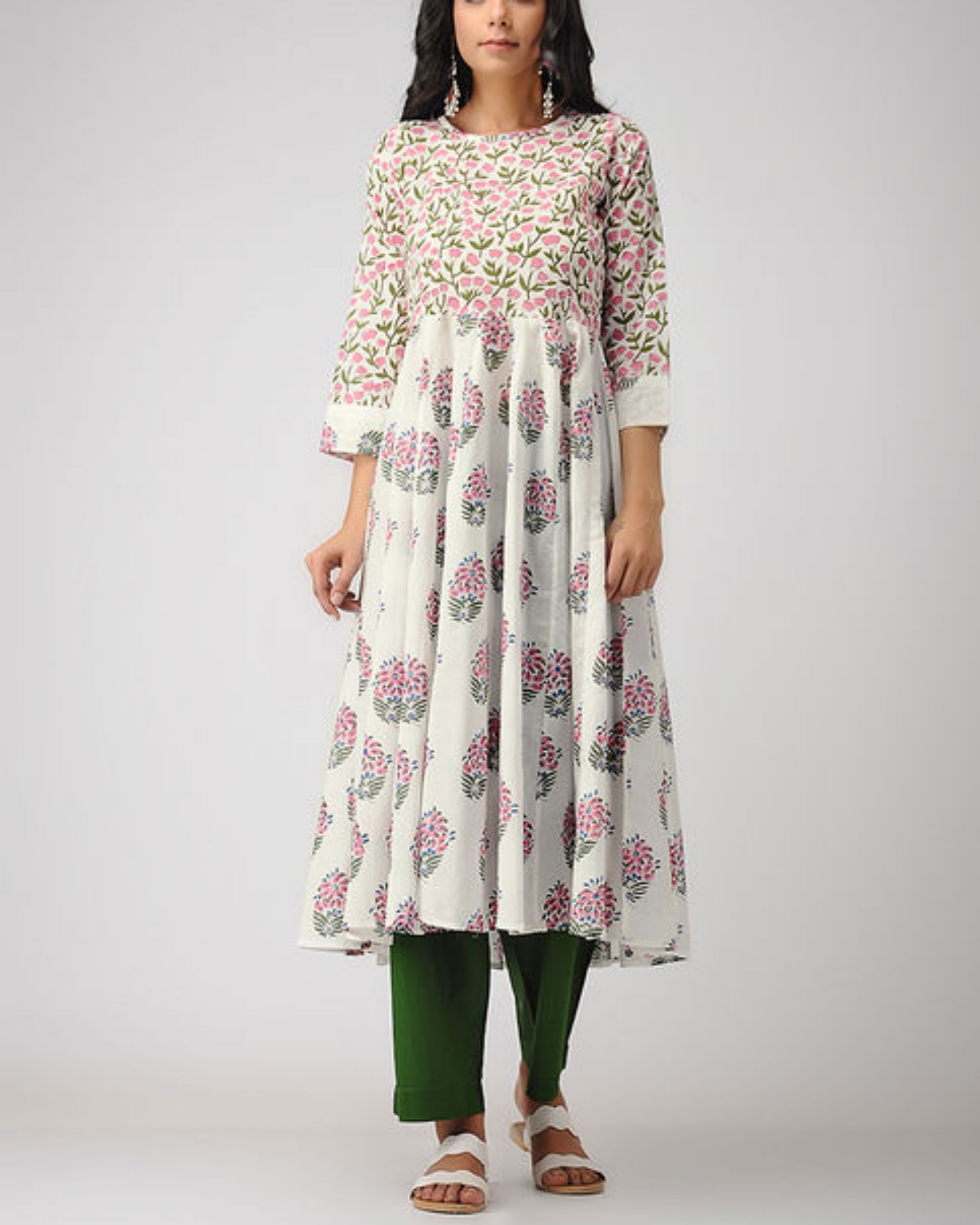 Floral gathered kurta