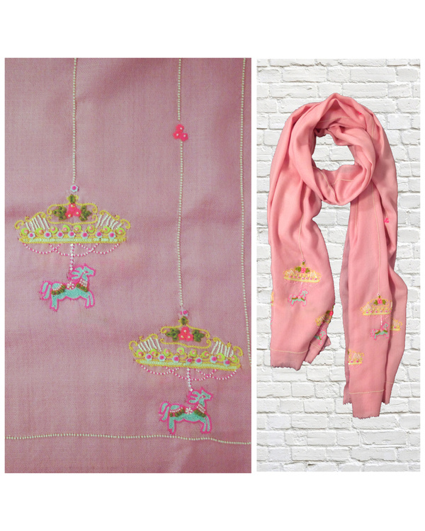 Pink stole with carousel ride motif