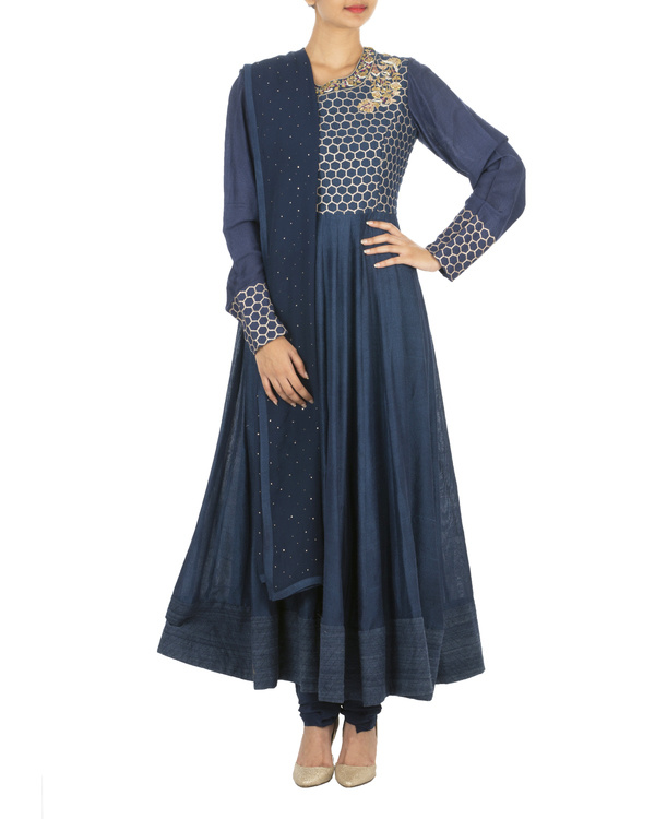 The flowering lattice navy blue quilted tussar georgette anarkali set