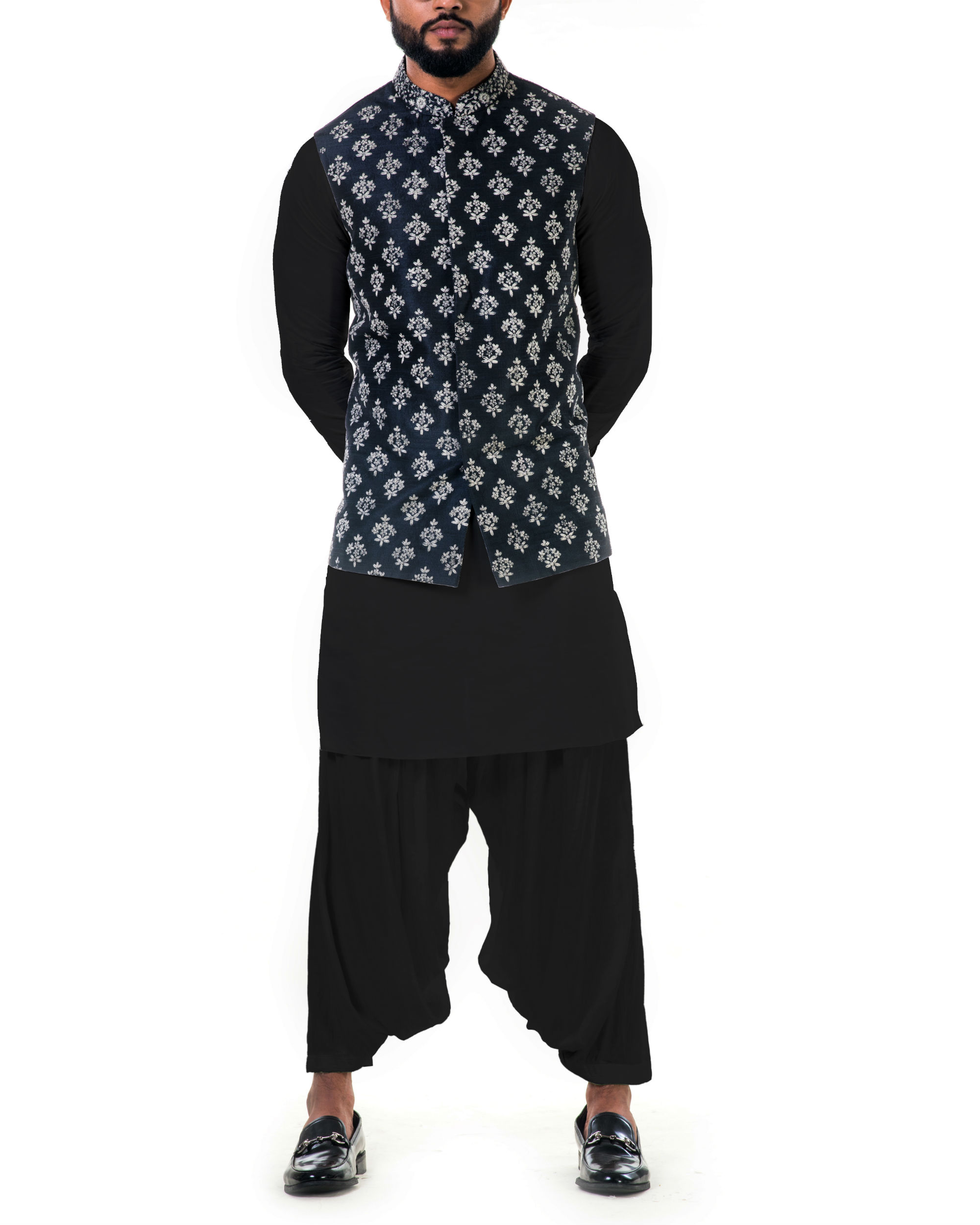 Black kurta set with floral embroidered jacket