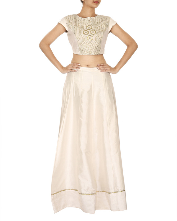 The flowering lattice white  lehenga set