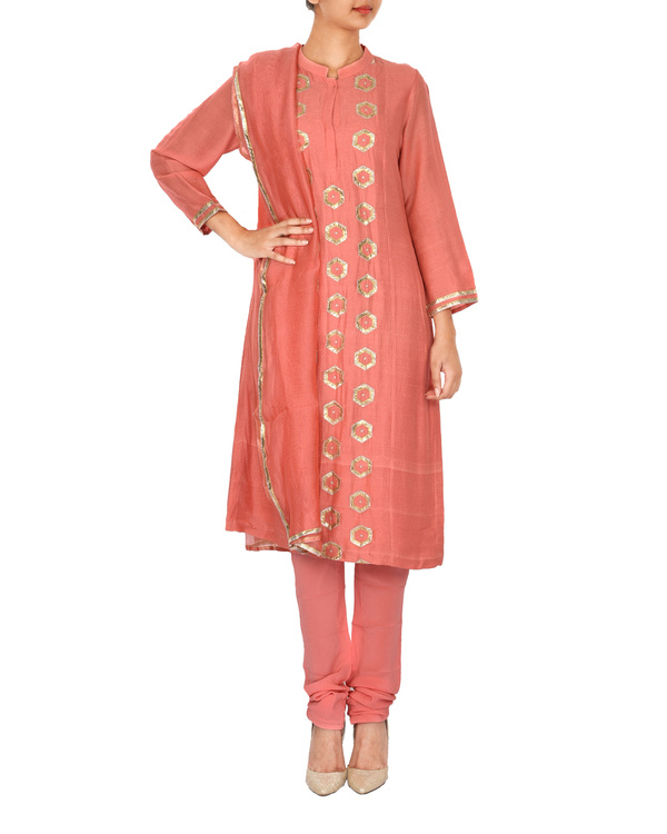 The flowering lattice peach chanderi front panel straight kurta set