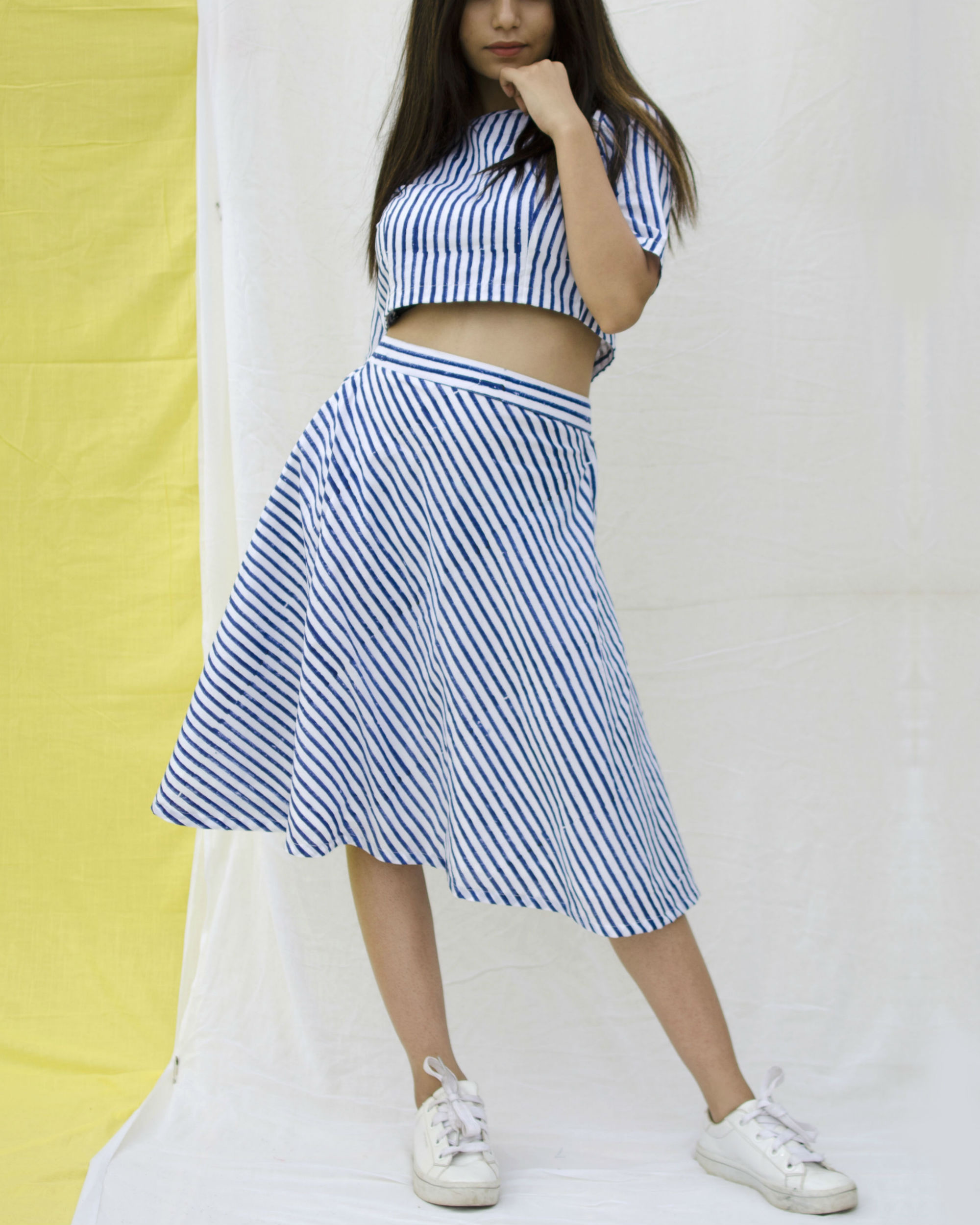 Blue and white striped set