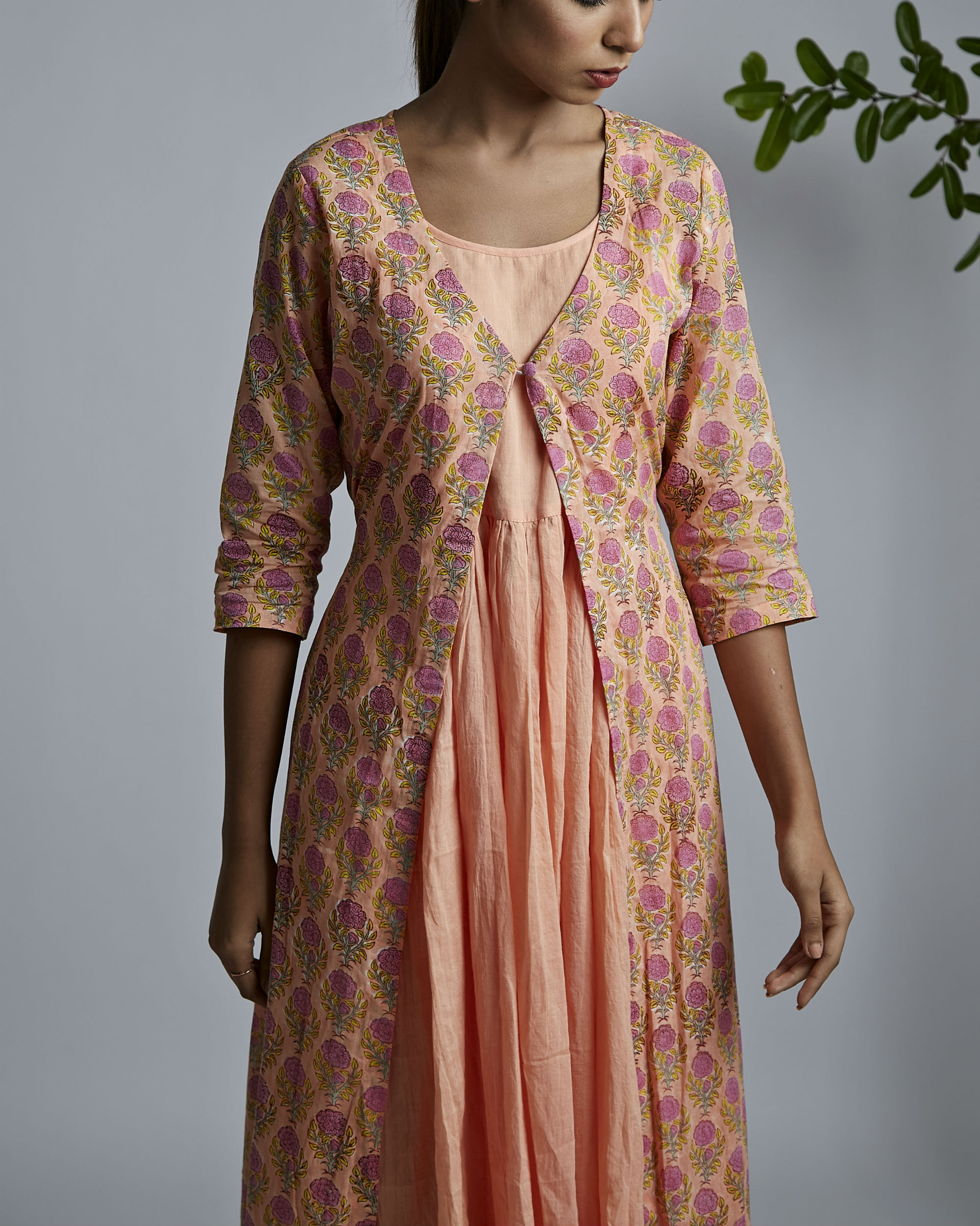 Peach gathered kurta with peach rose block printed cover up