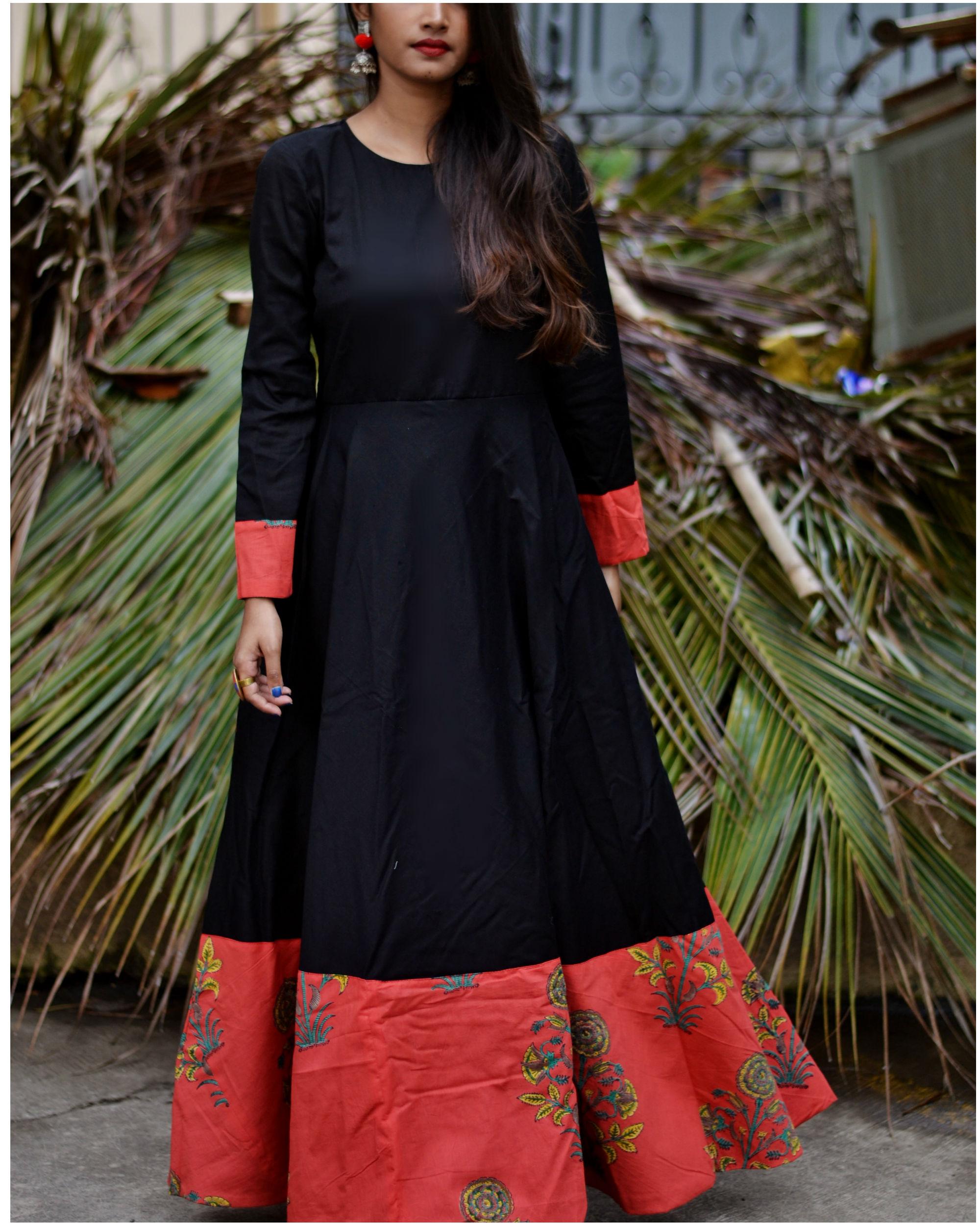 Black printed border dress