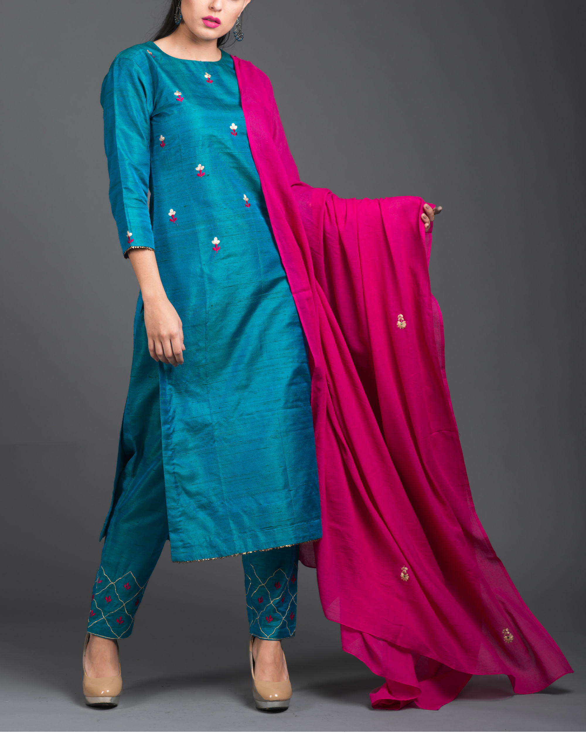 Turquoise pink embroidered set