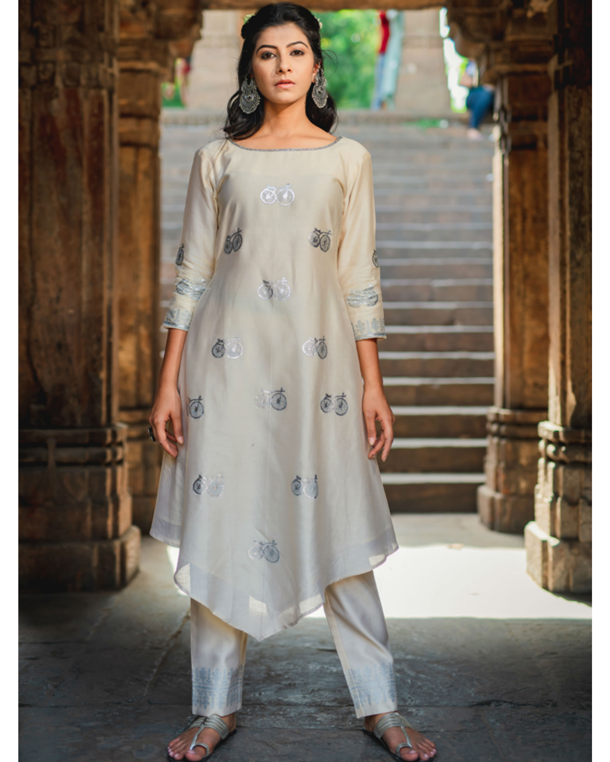 Ivory cycle printed kurta pant set