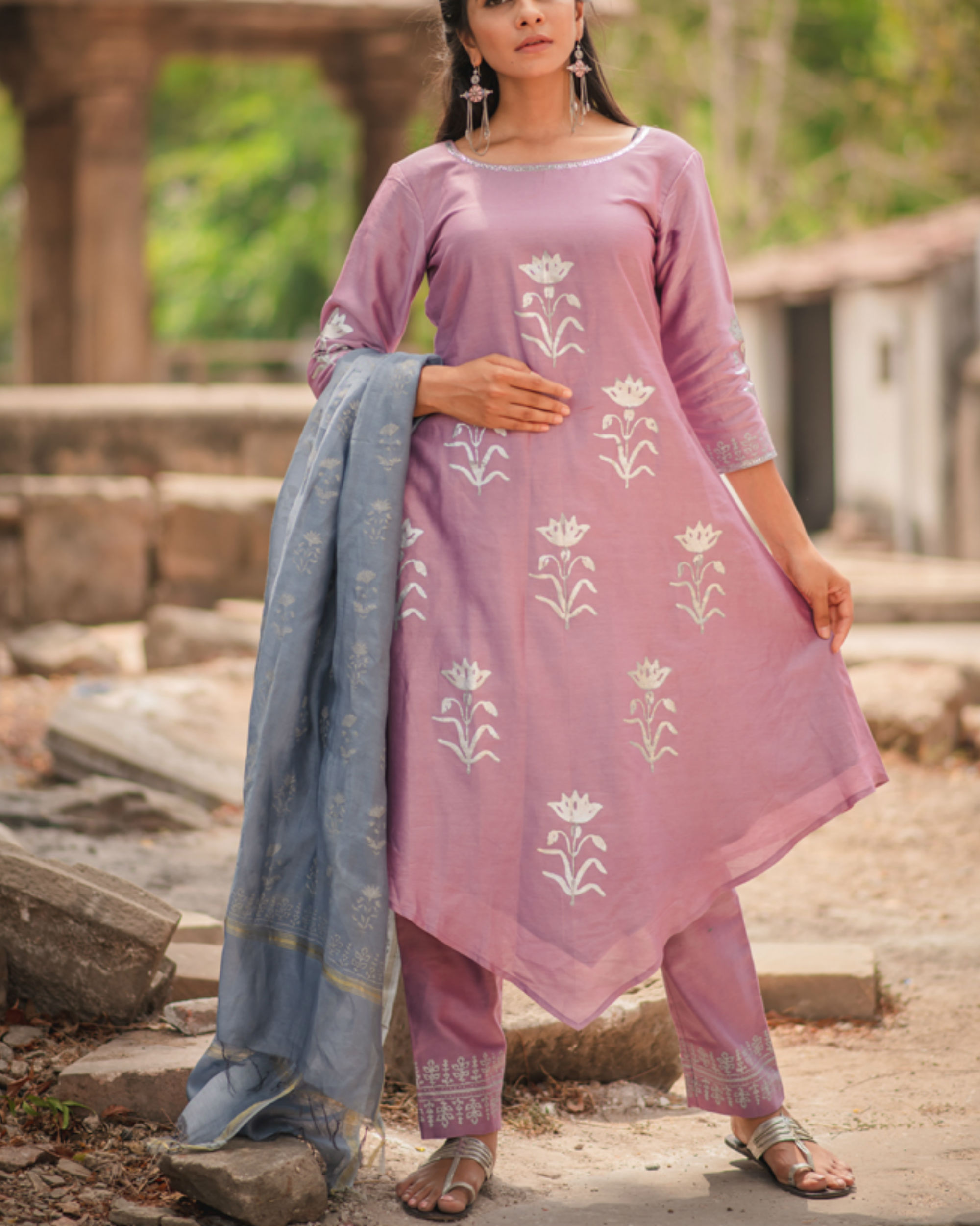 Lavender floral printed kurta set with dupatta