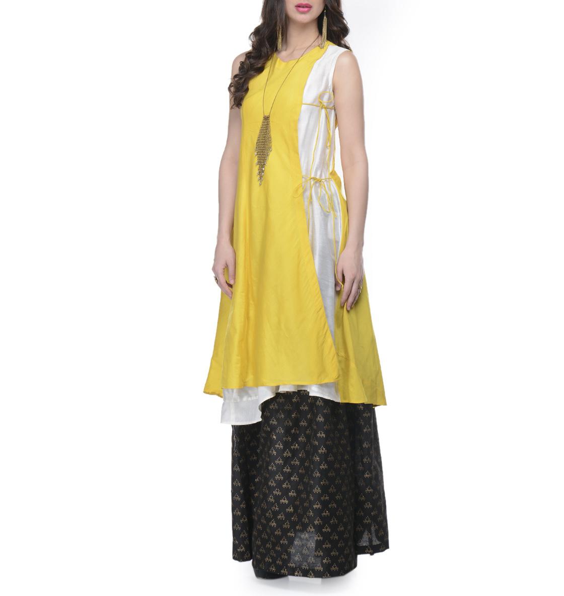 Yellow and white tunic