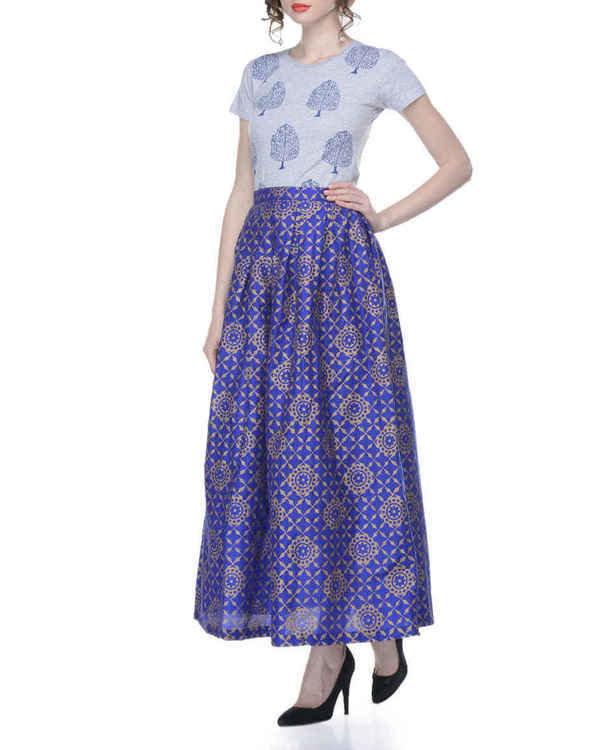 Blue pleated skirt with block printing