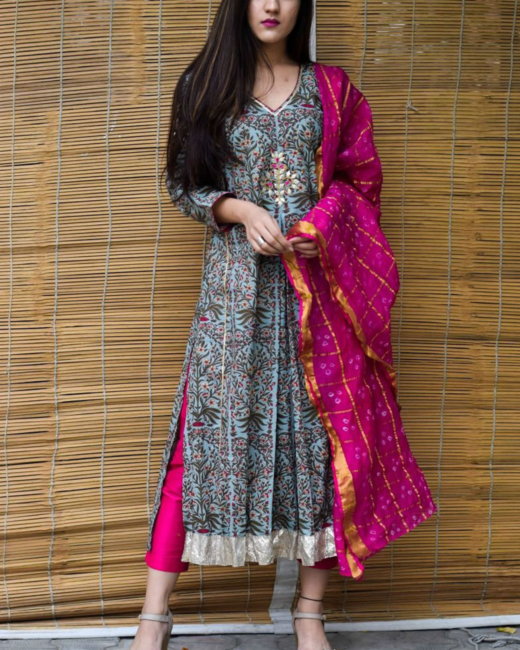 Printed kurta with magenta dupatta