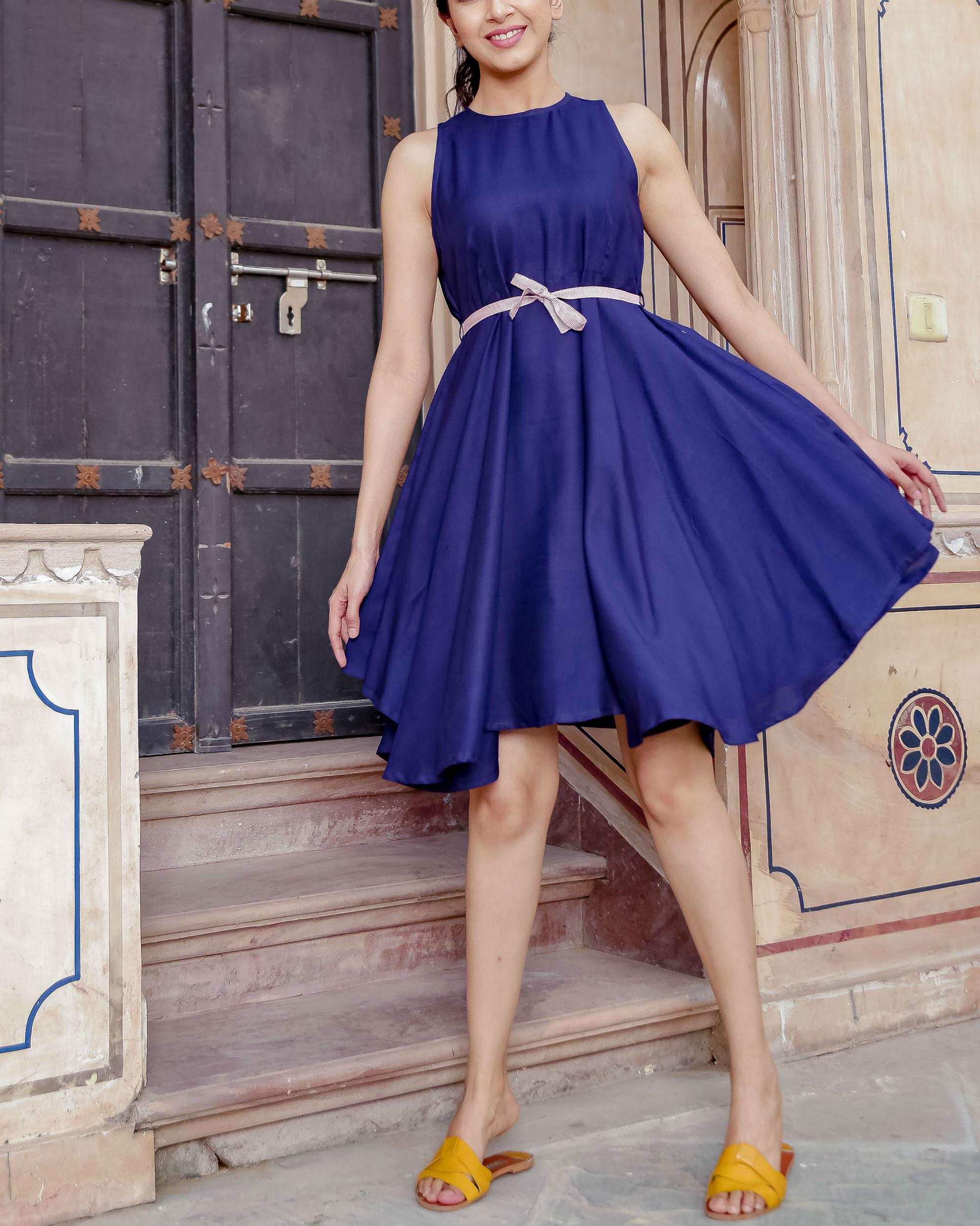 Blue uneven hemline dress