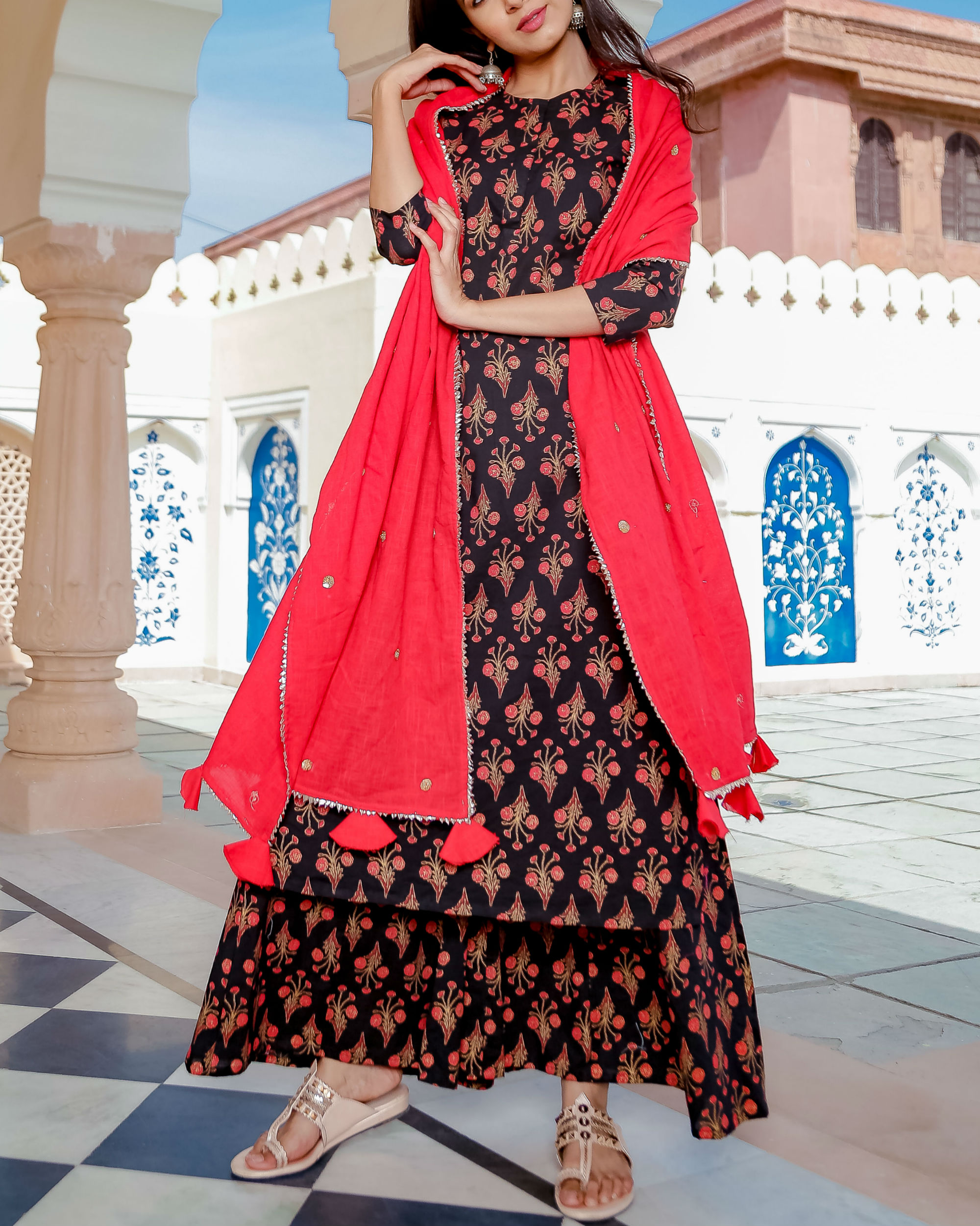 Black and red printed suit set