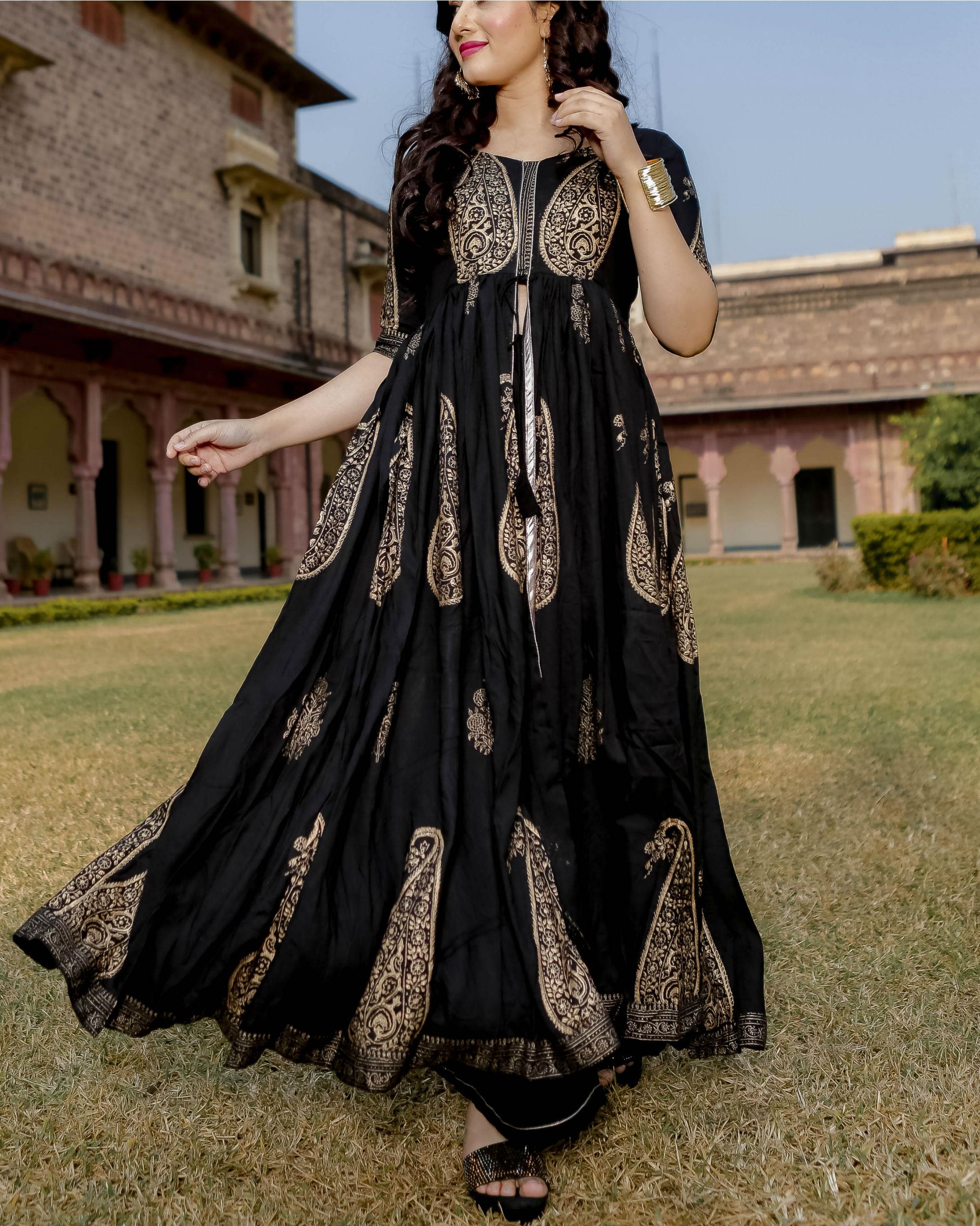 Black mughal motif hand block set