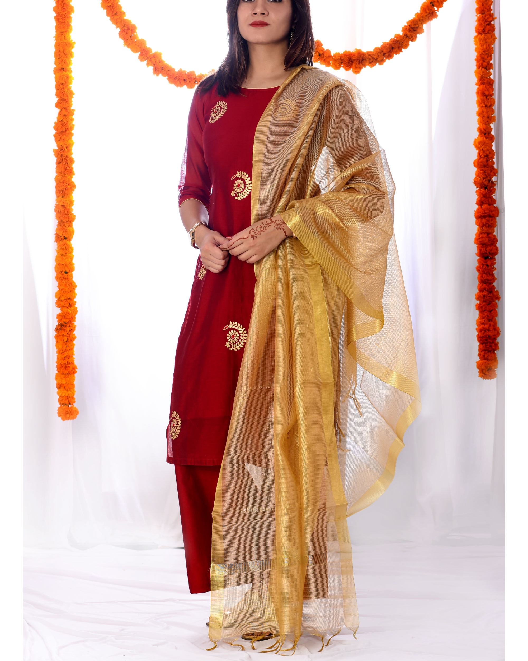 Red chanderi kurta set with dupatta