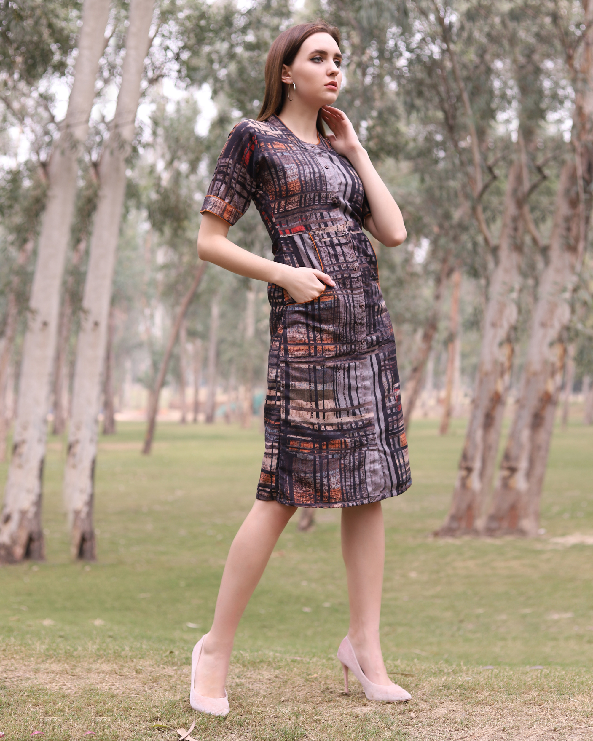 Grey abstract checks midi dress